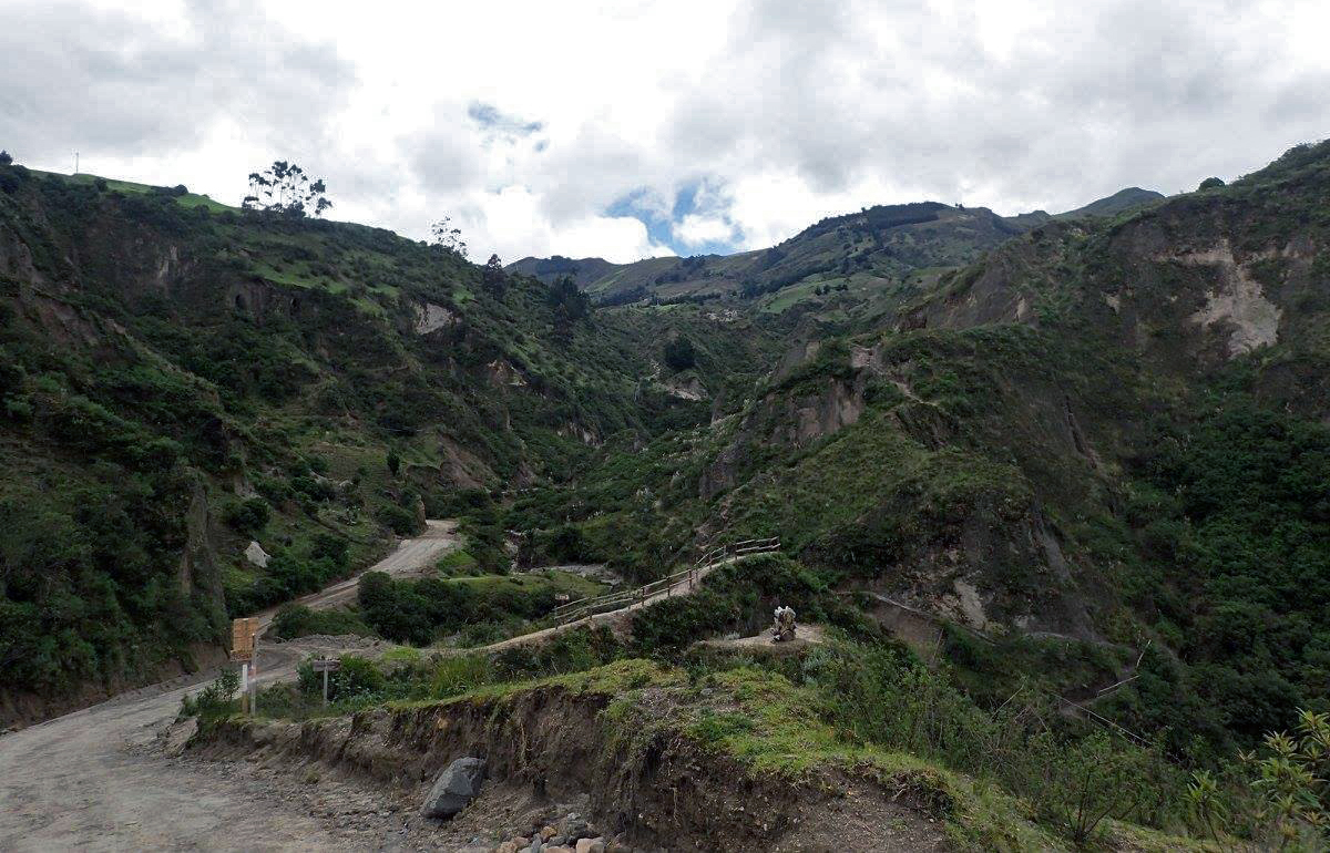 near Chugchilan.jpg