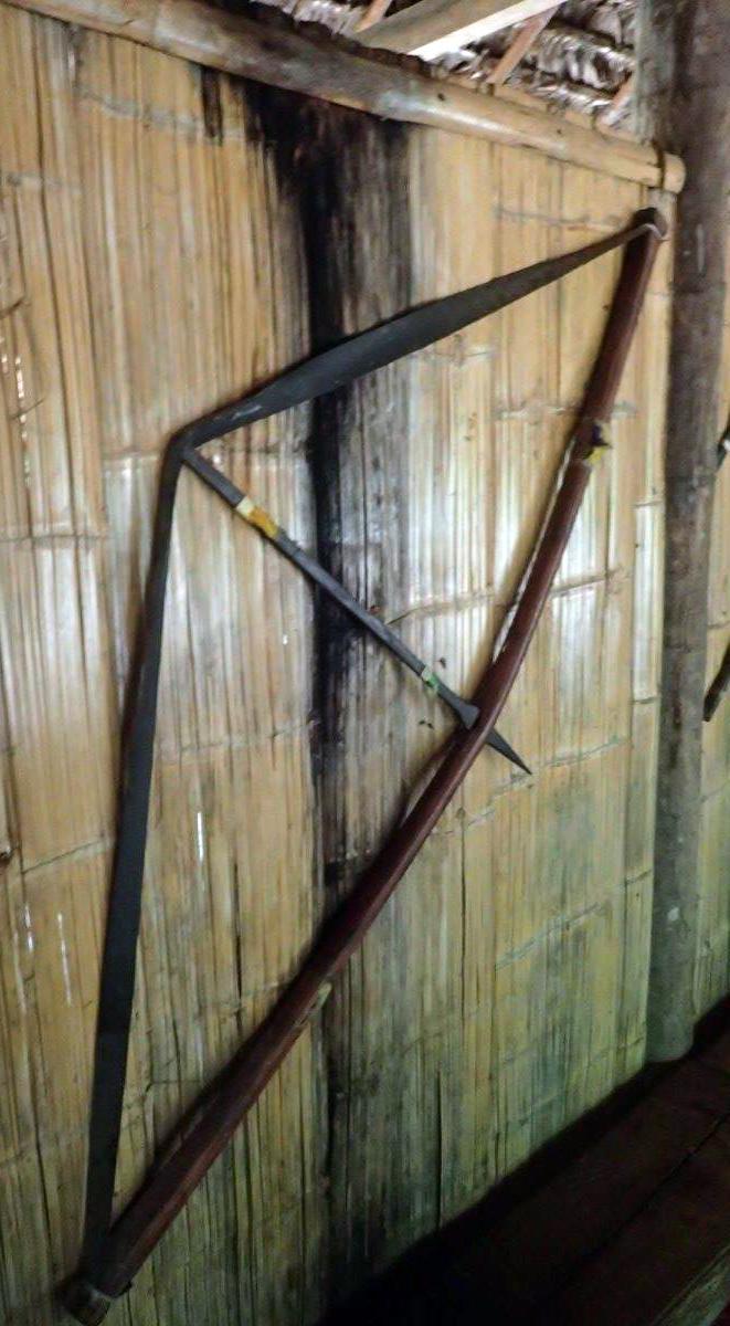 Quechuan bow and arrow.jpg
