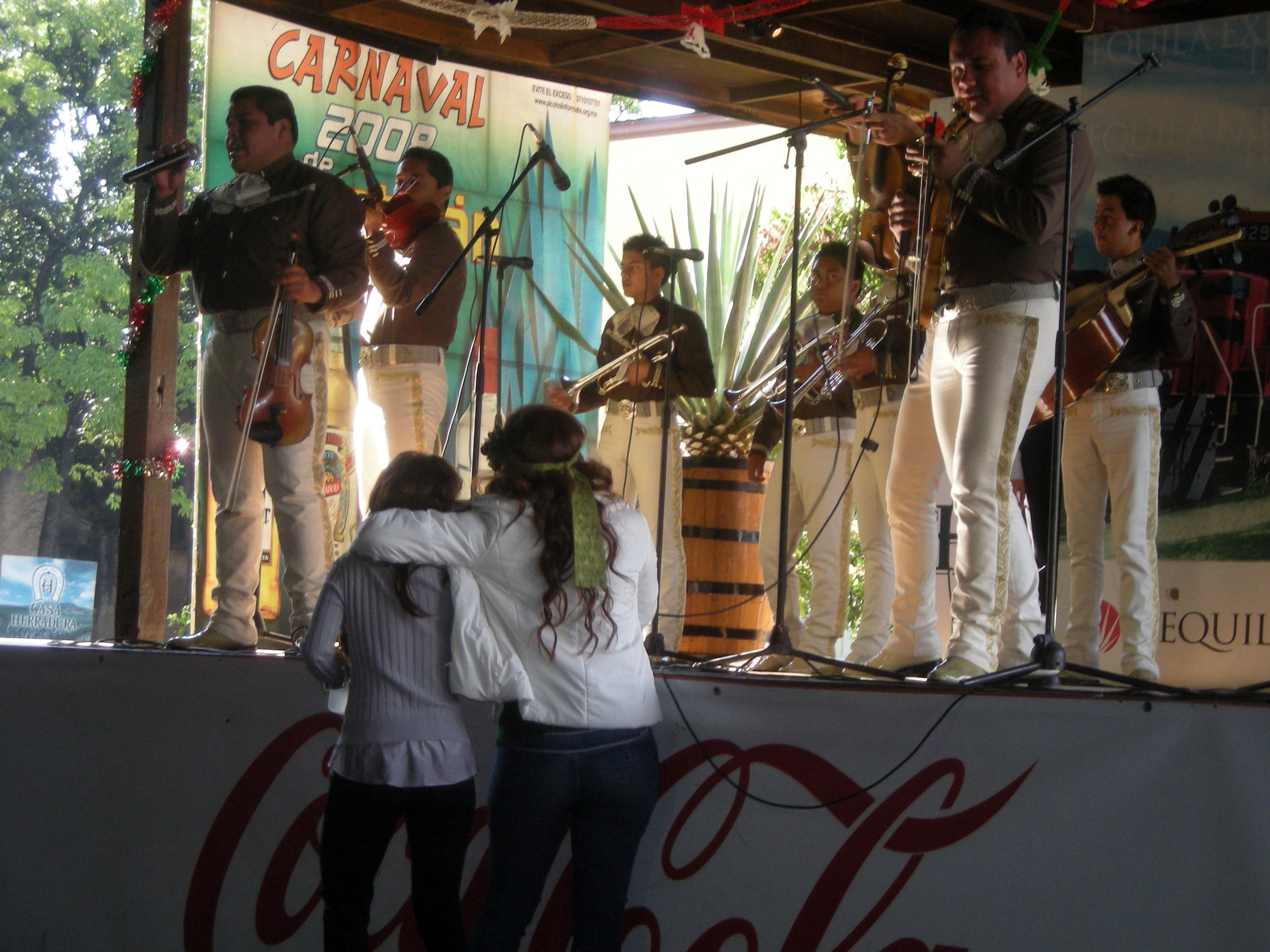 drunken mariachi sluts.jpg