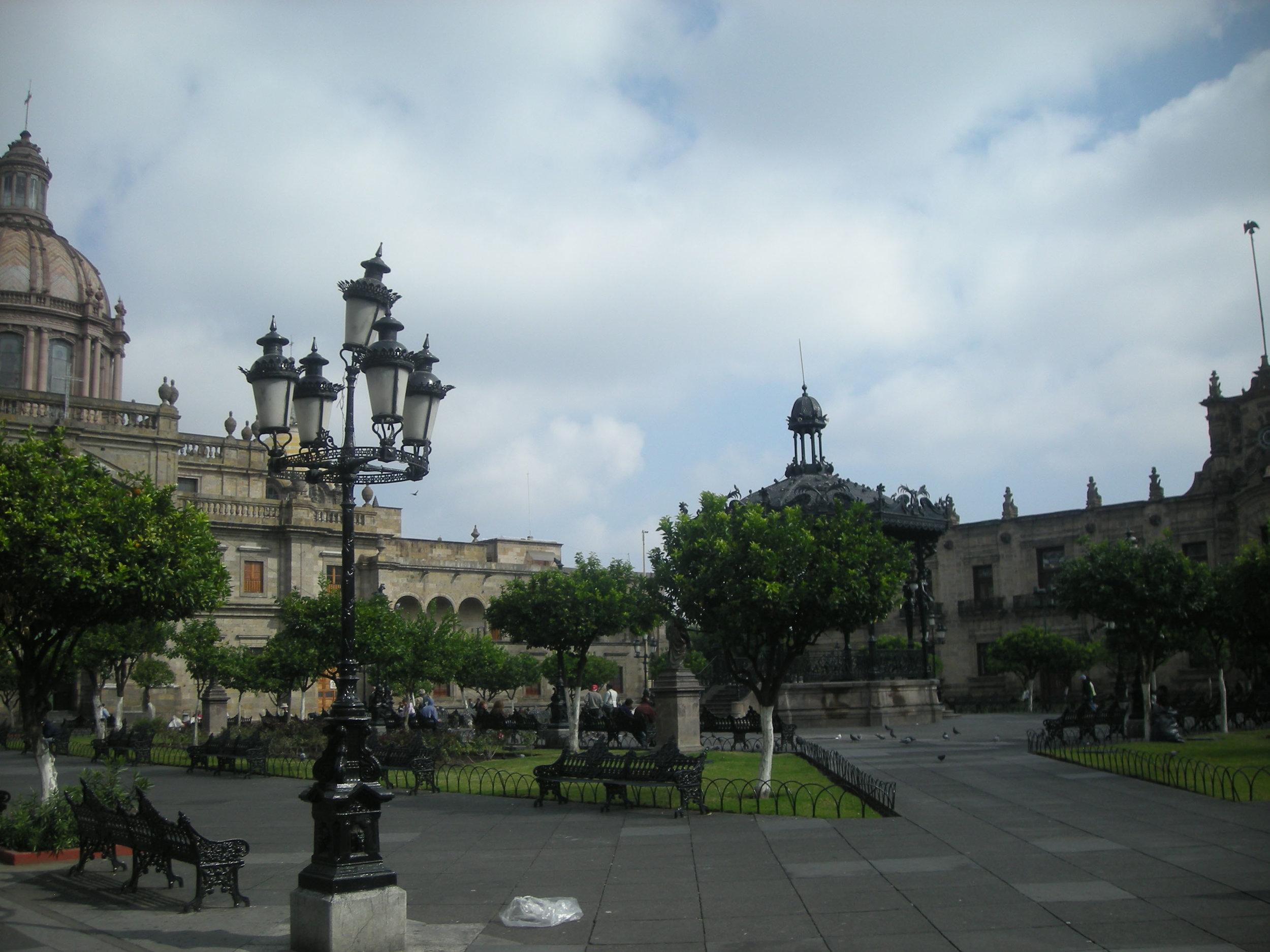 Guadalajara plaza.jpg