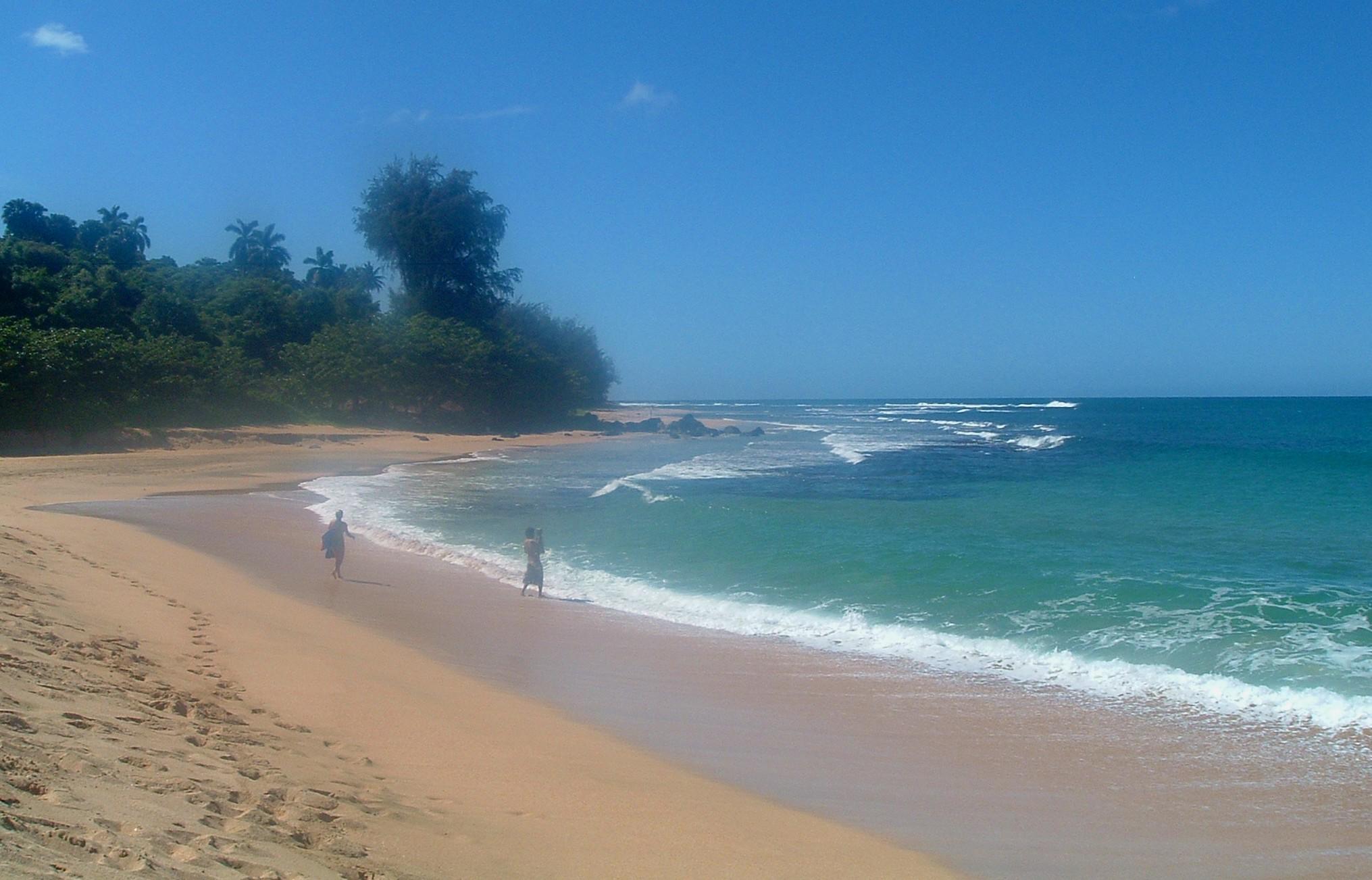 north shore beach2 kauai.JPG