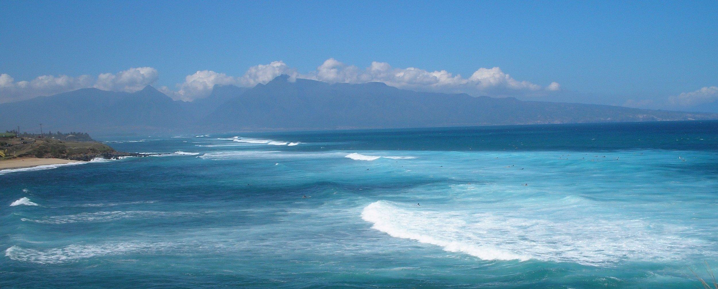 hookipa and west maui mountains.jpg
