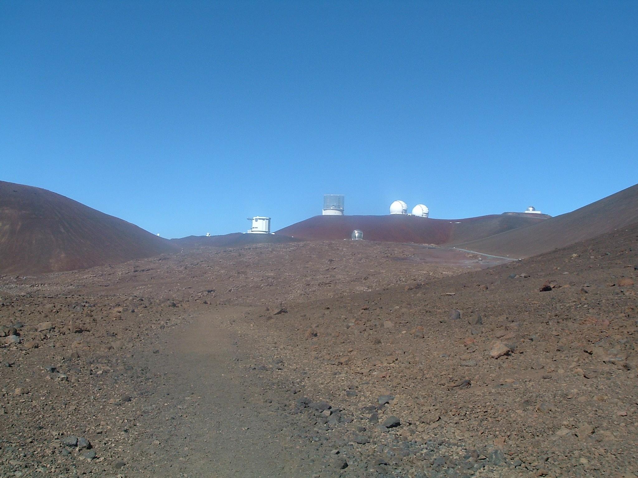 mauna kea observatories.JPG