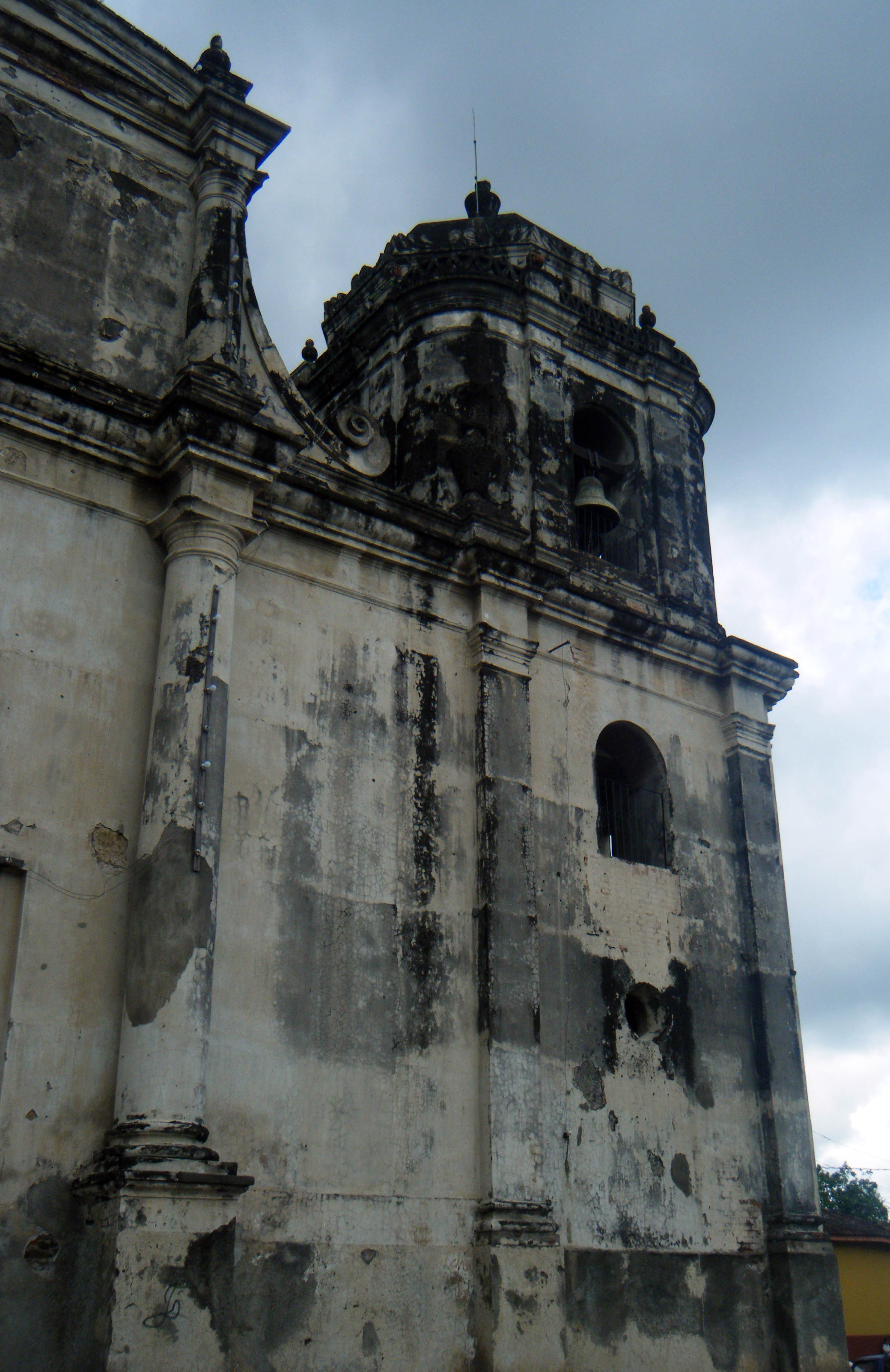 ancient cathedral in Leon.jpg