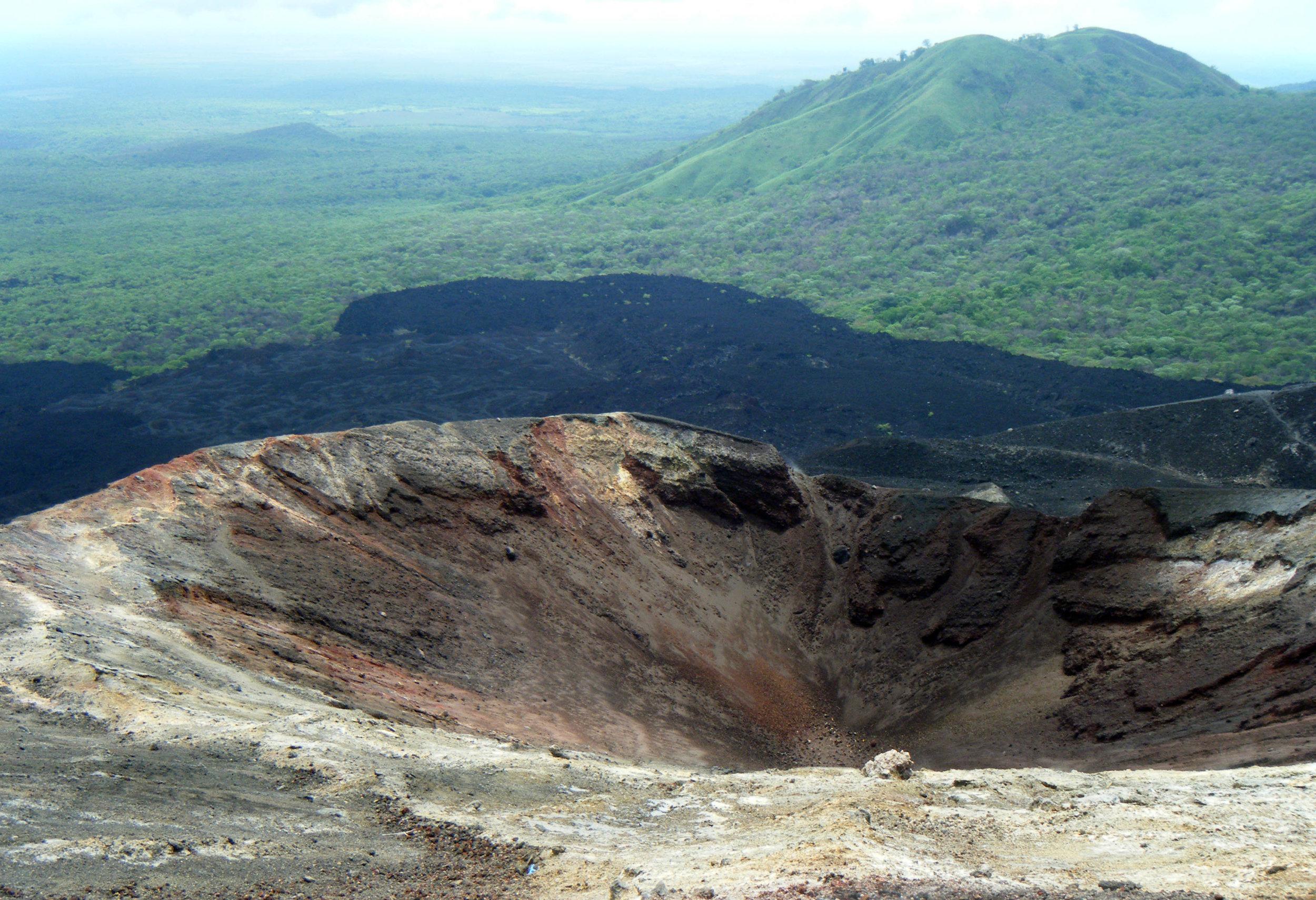 volcanoe hiking.jpg
