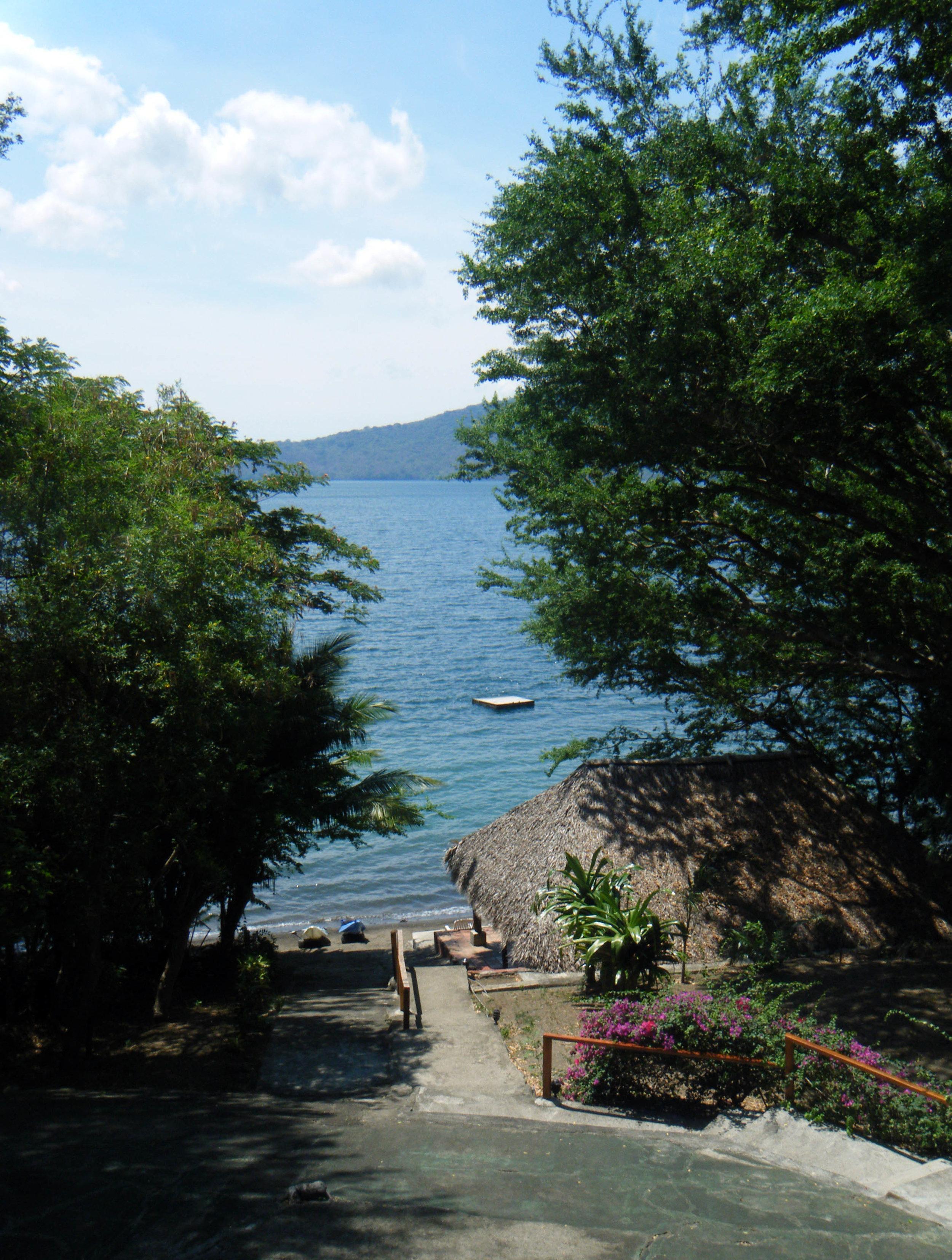 Laguna de Apoyo 5-11-12.jpg