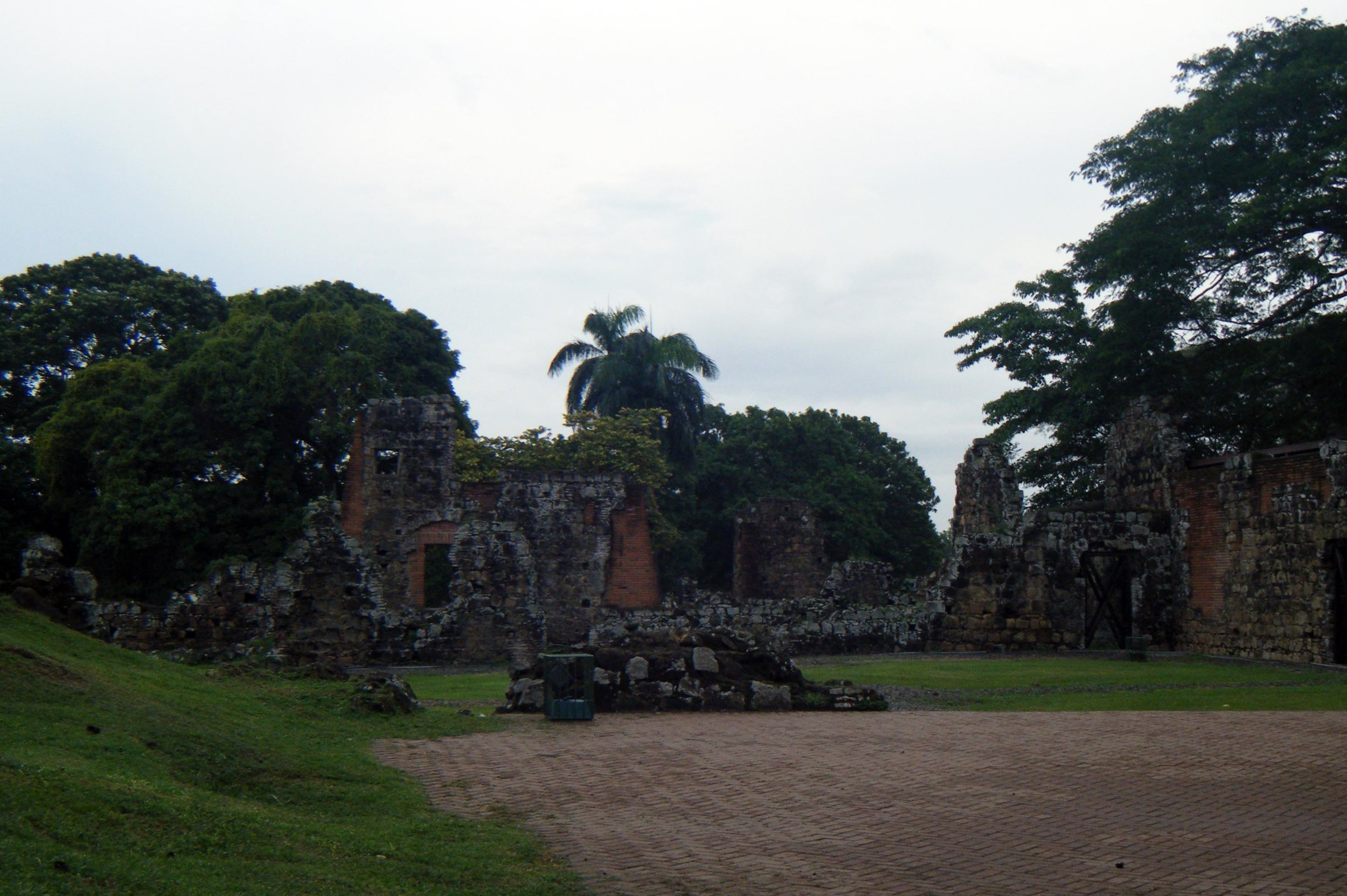 ruins of old Panama.jpg