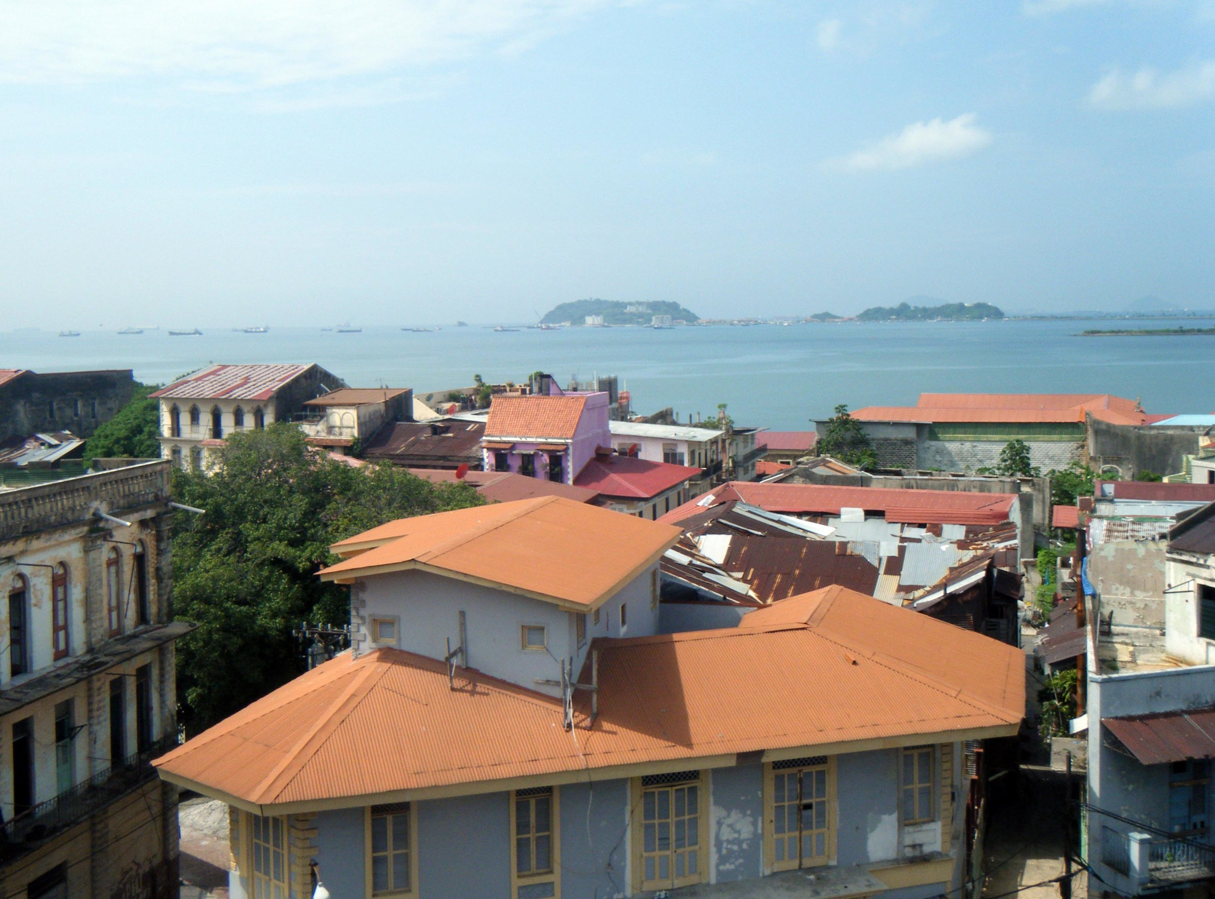 Casco Viejo in the morning.jpg