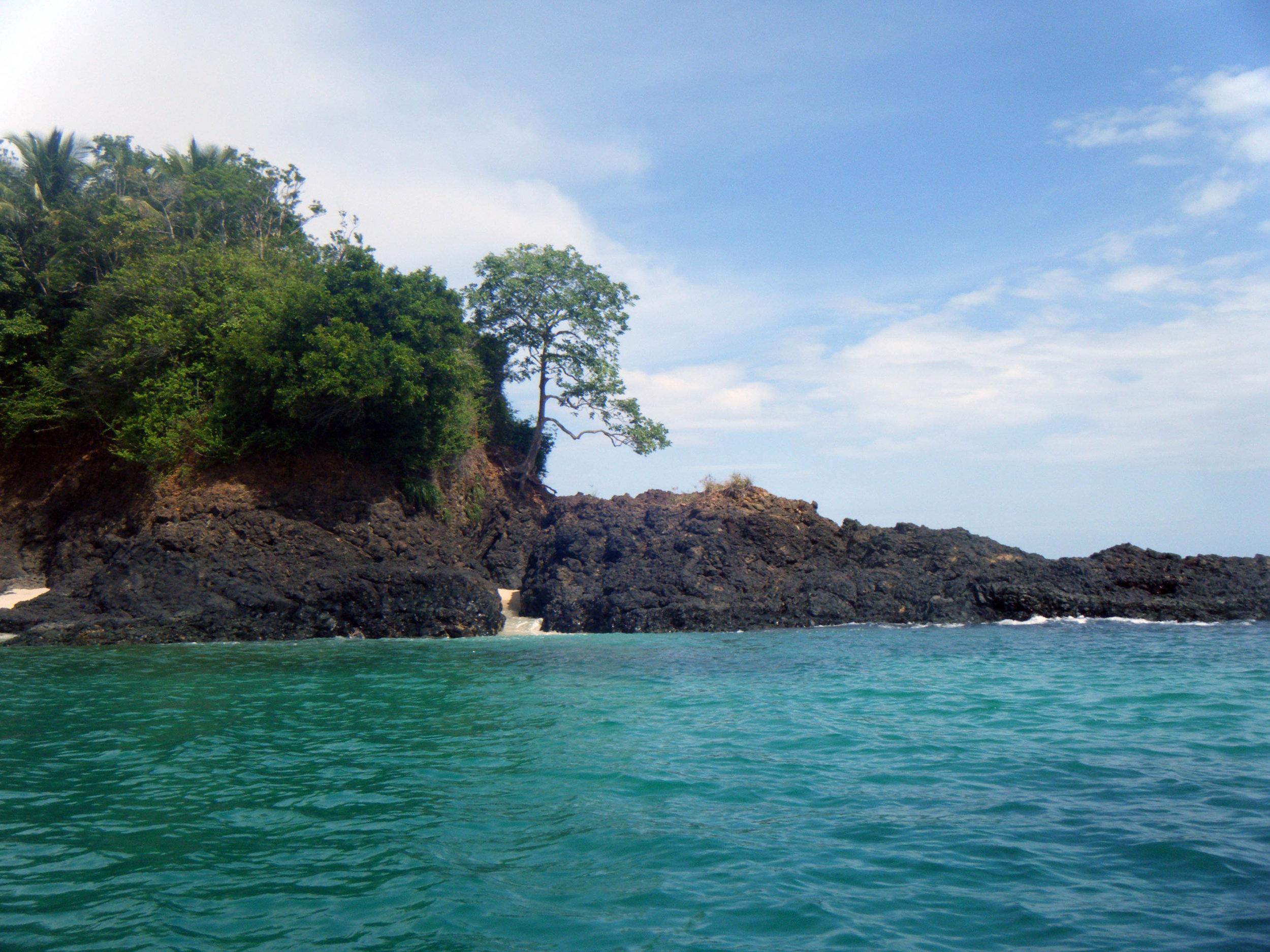 Isla Los Bolanos.jpg