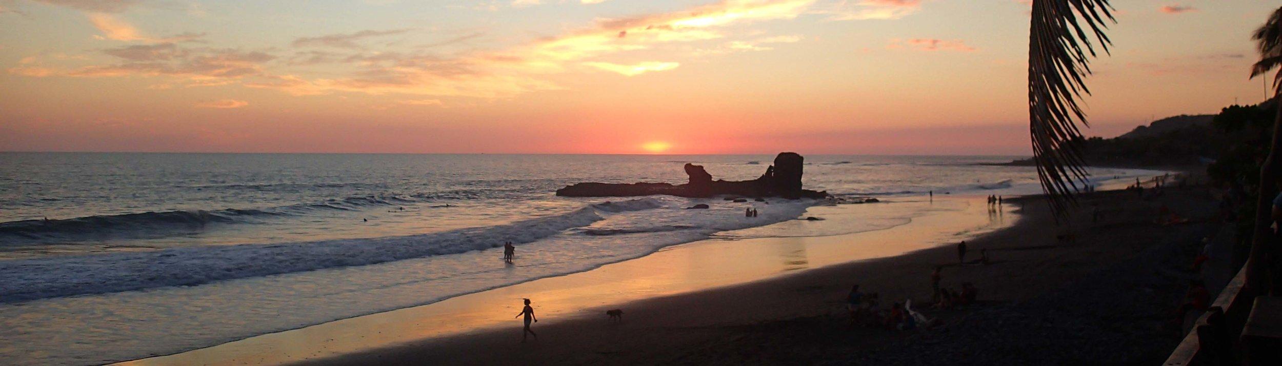 El Tunco sunset 12-5-14.jpg