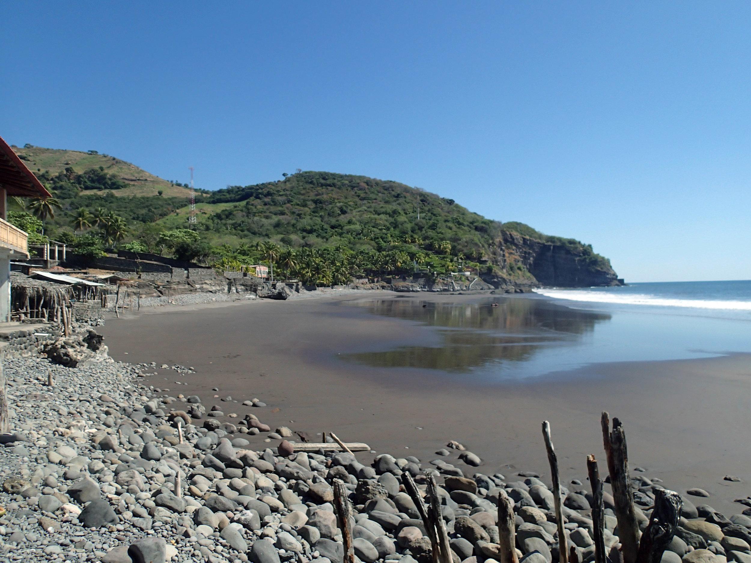 Playa El Zonte.jpg