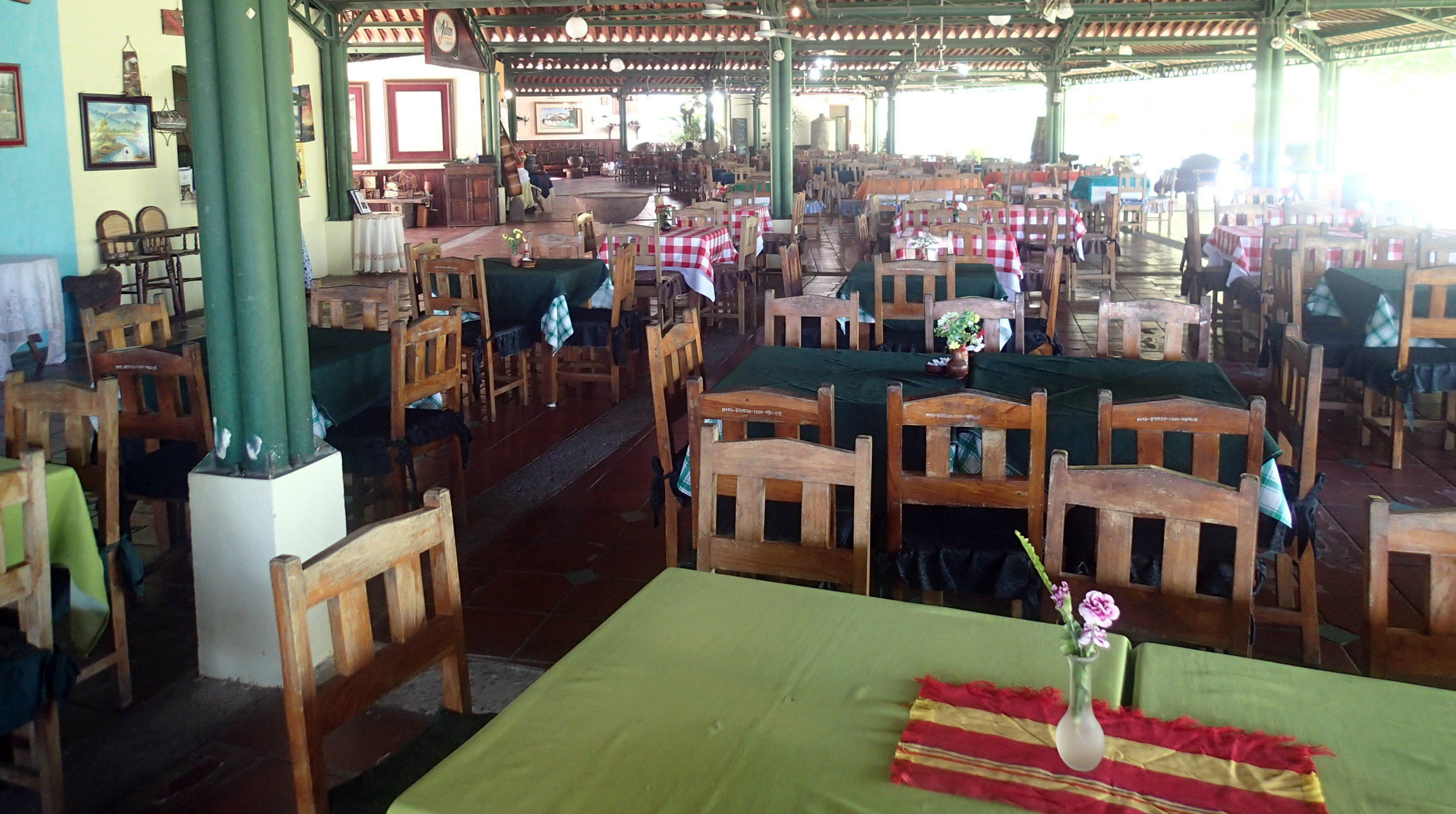 lakeside restaurants.jpg