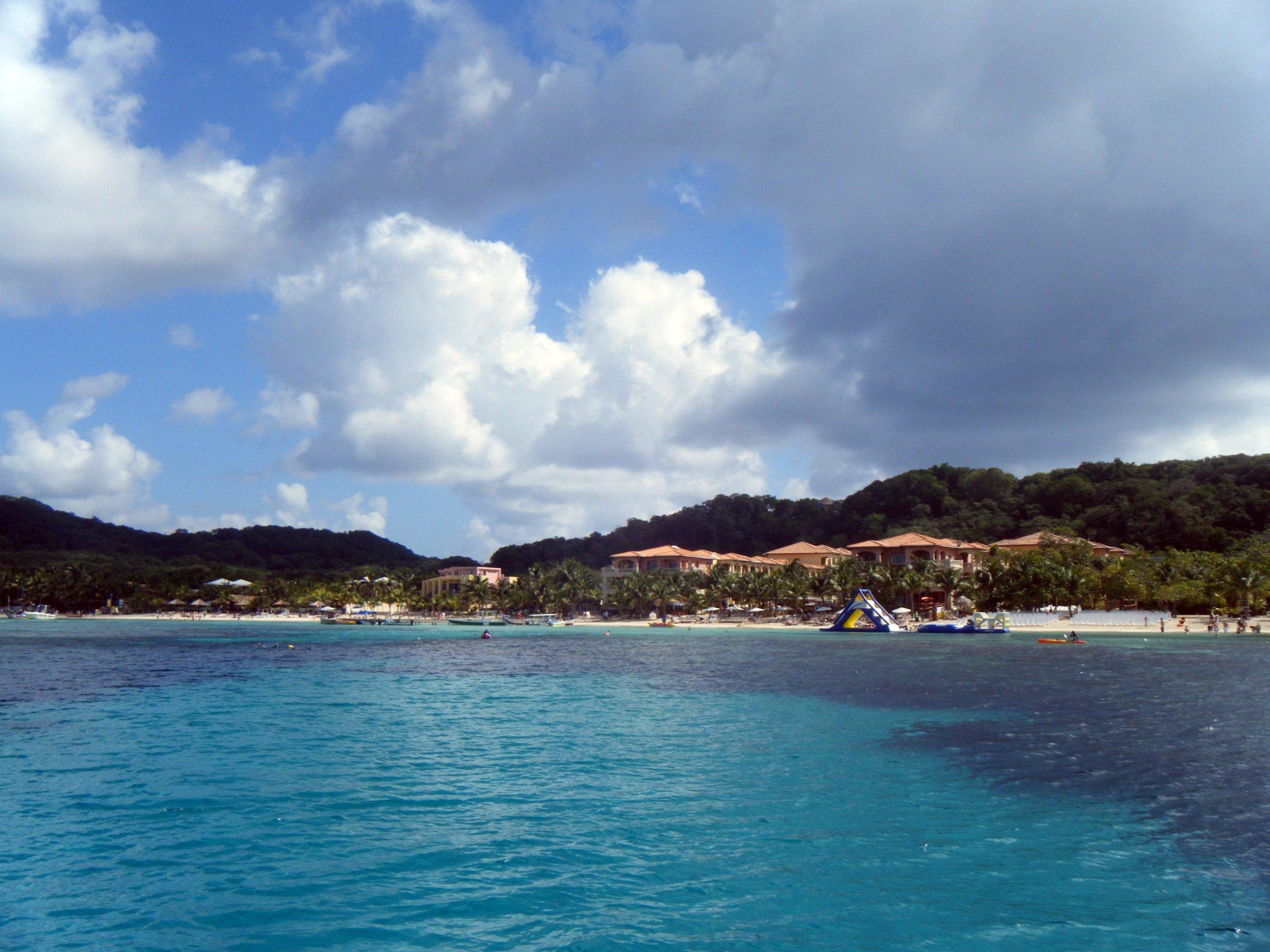 West Bay Honduras.jpg