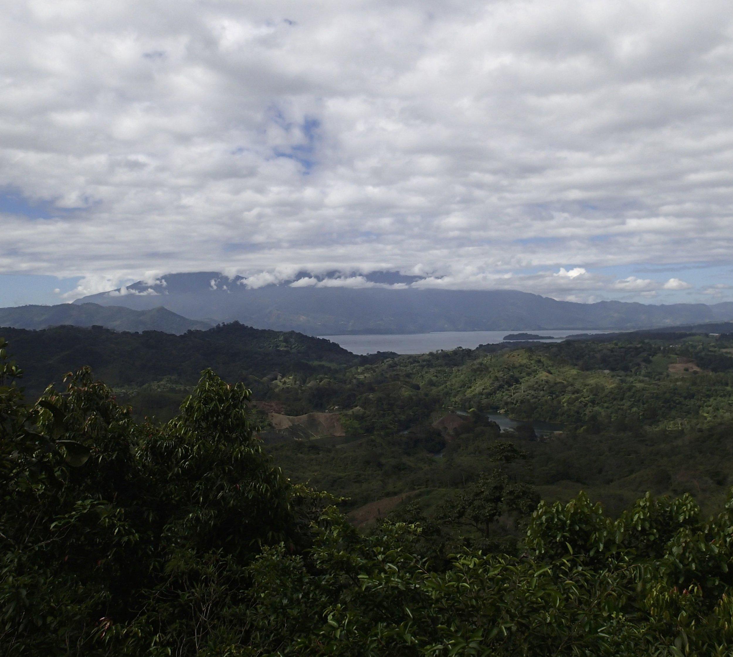 Parque Nacional Cerro Azul-Meambar.jpg