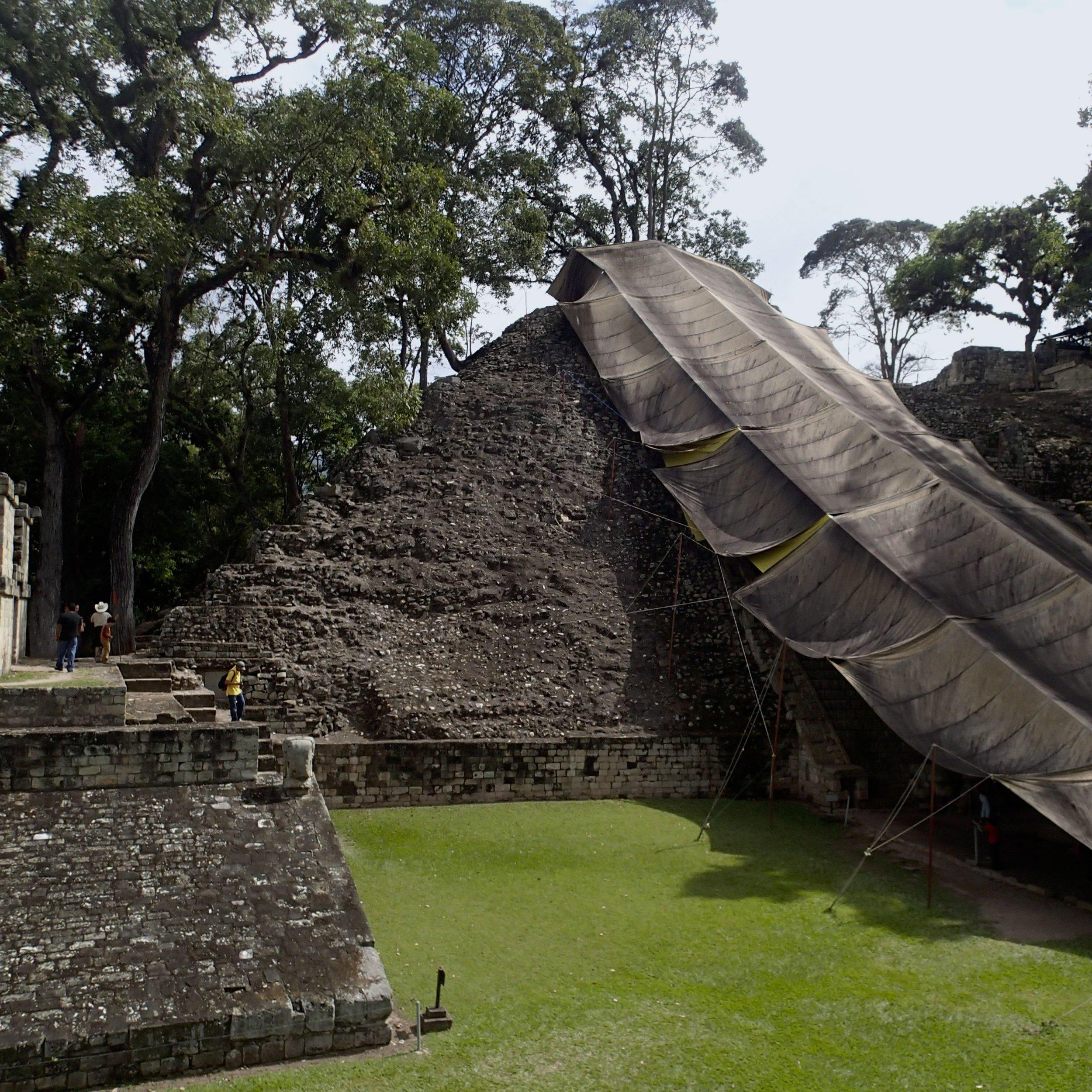 hieroglyphic stairs.jpg