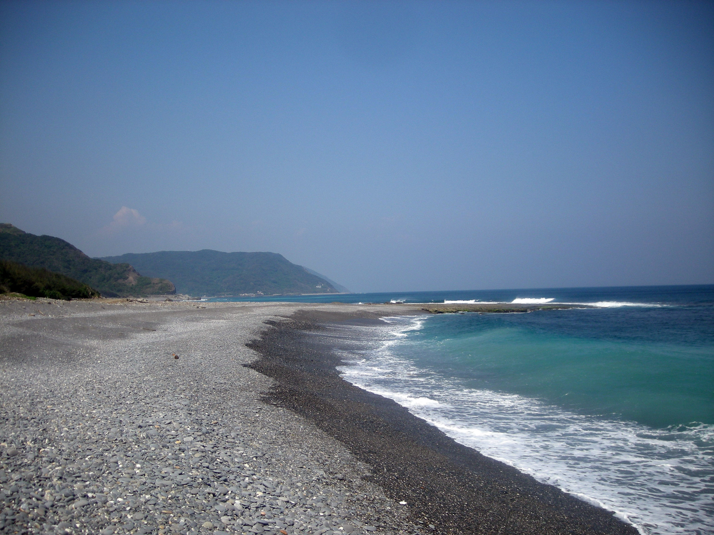 empty shores of southeastern Taiwan.jpg
