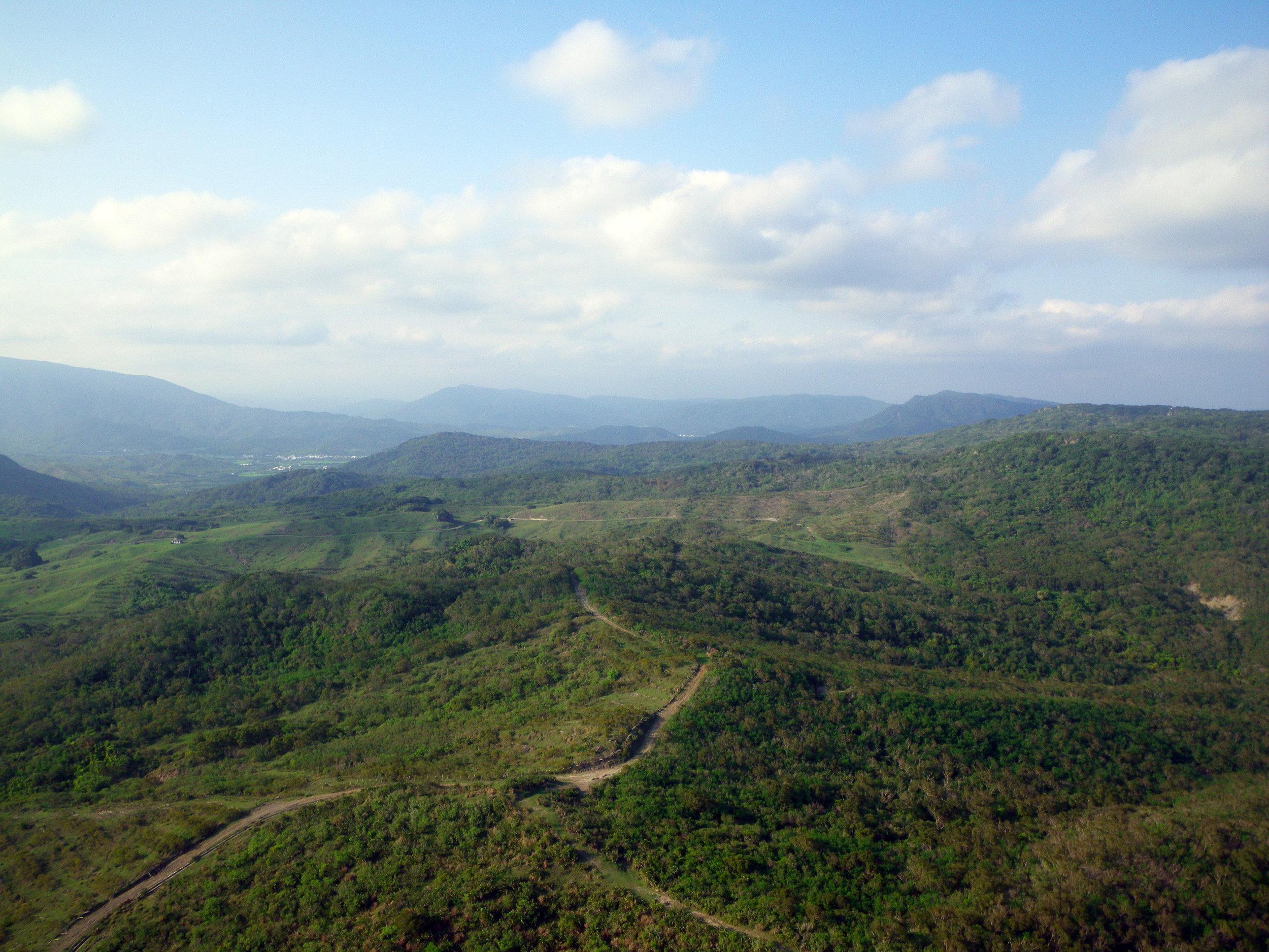 ascending Dajianshan.jpg