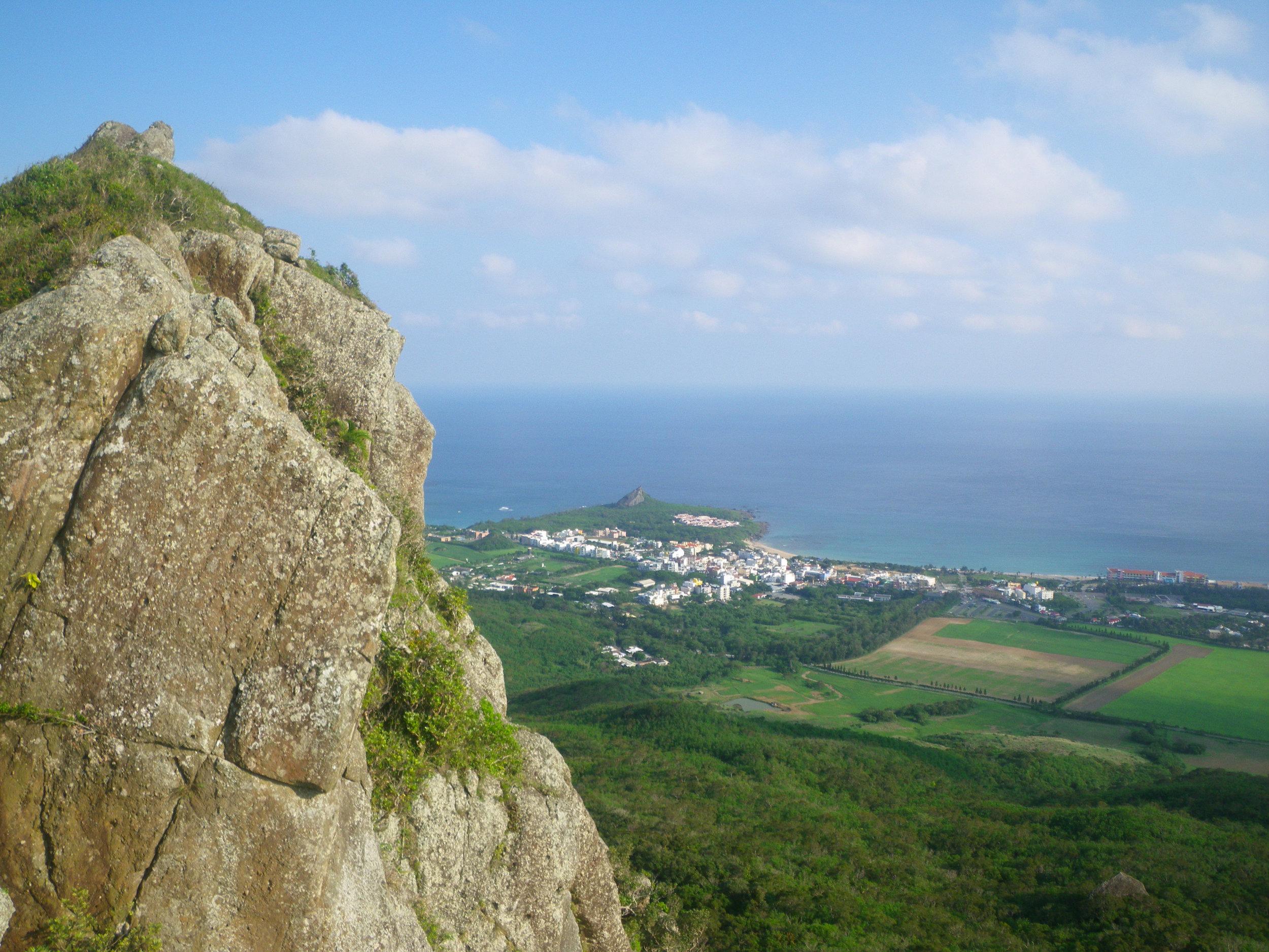 view from Dajianshan summit.jpg
