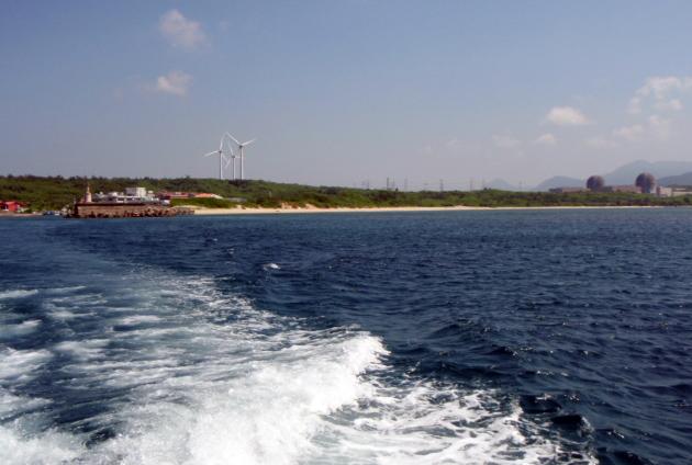 leaving Houbihu Harbor.jpg