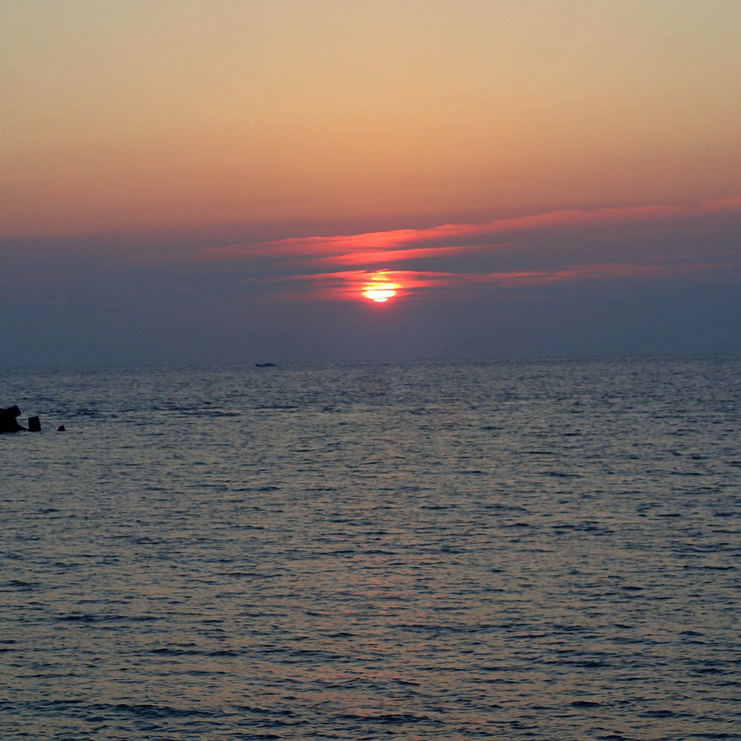 2016-4-8 sunset.jpg