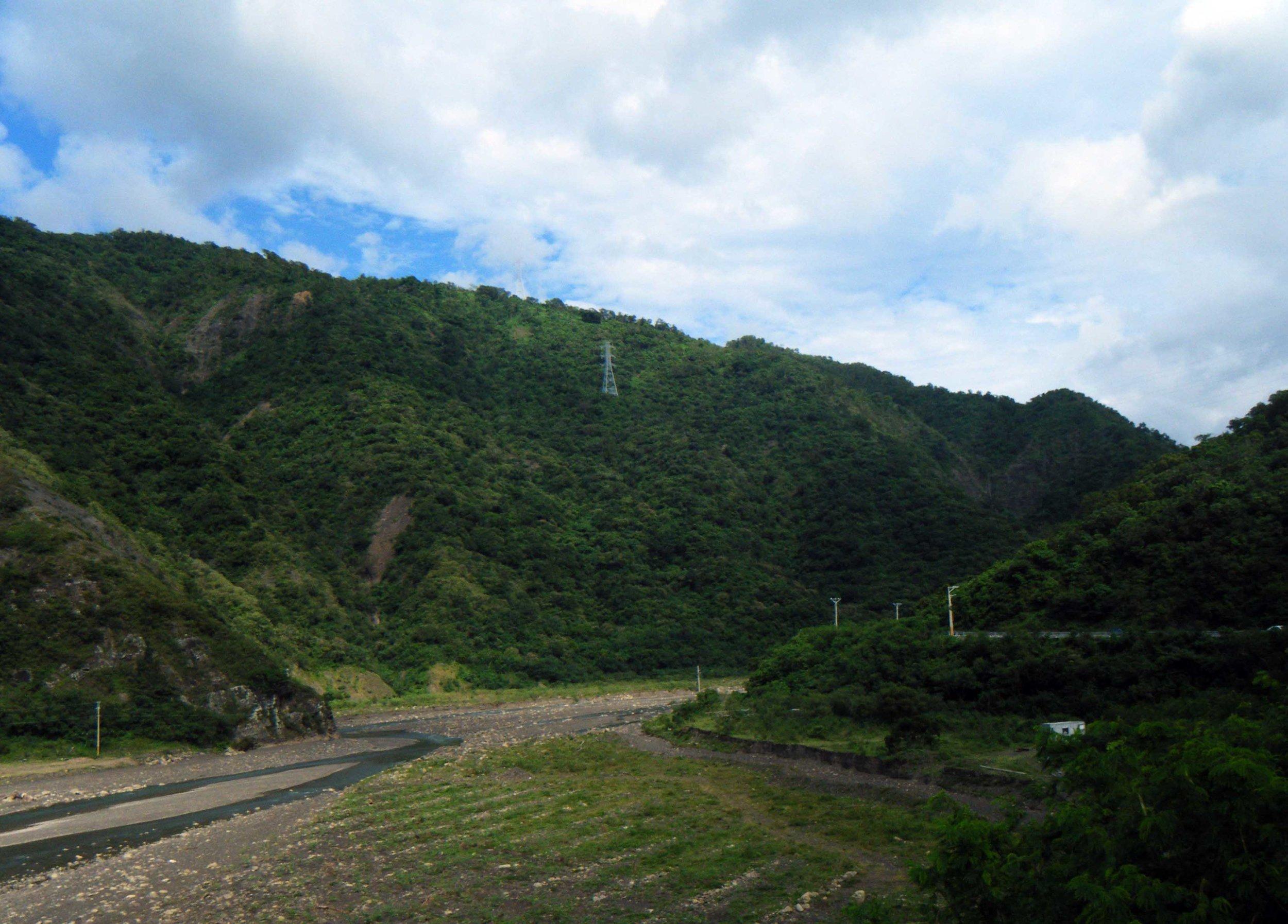 countryside near Fonggang.jpg