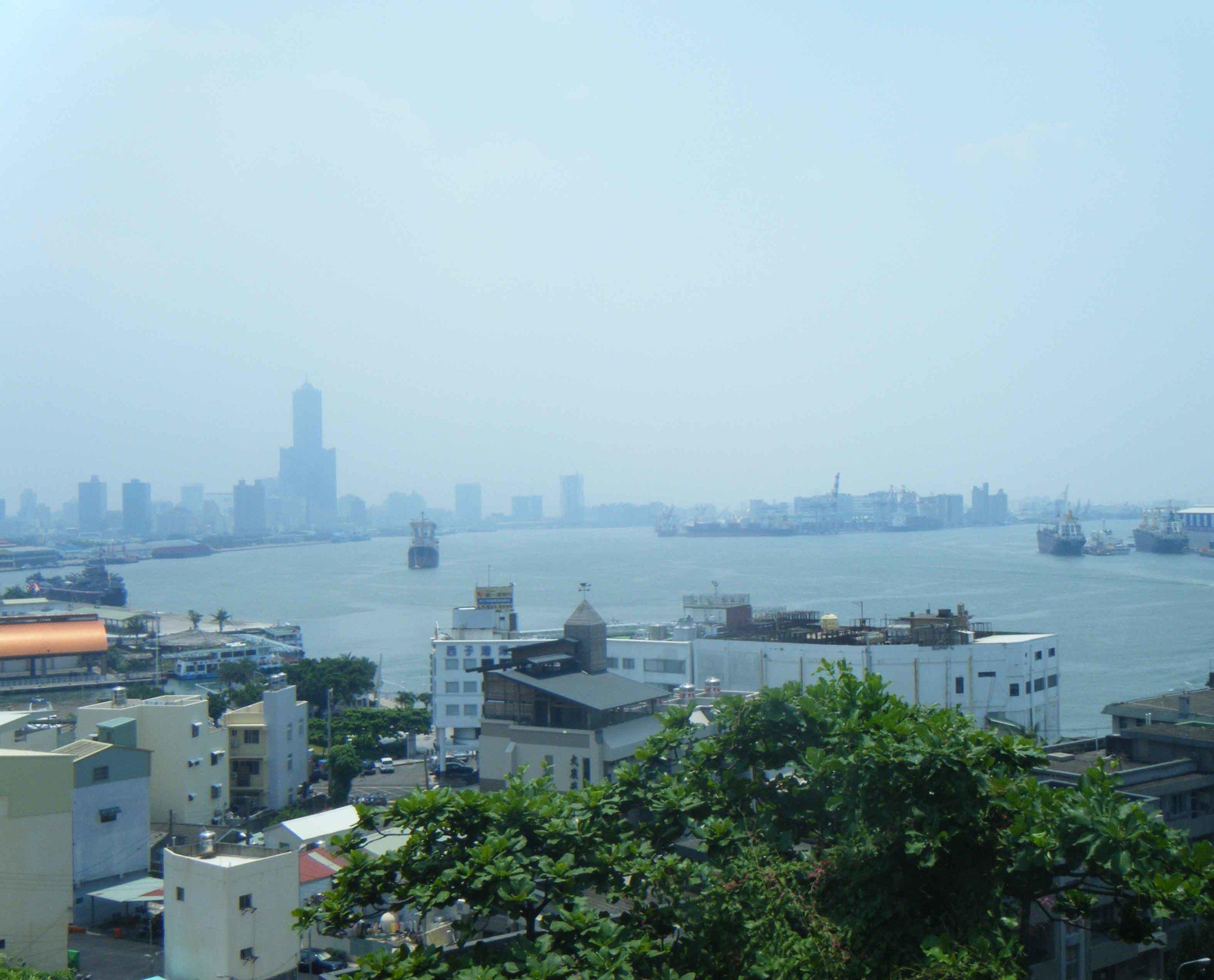 Kaohsiung from Dagou.jpg