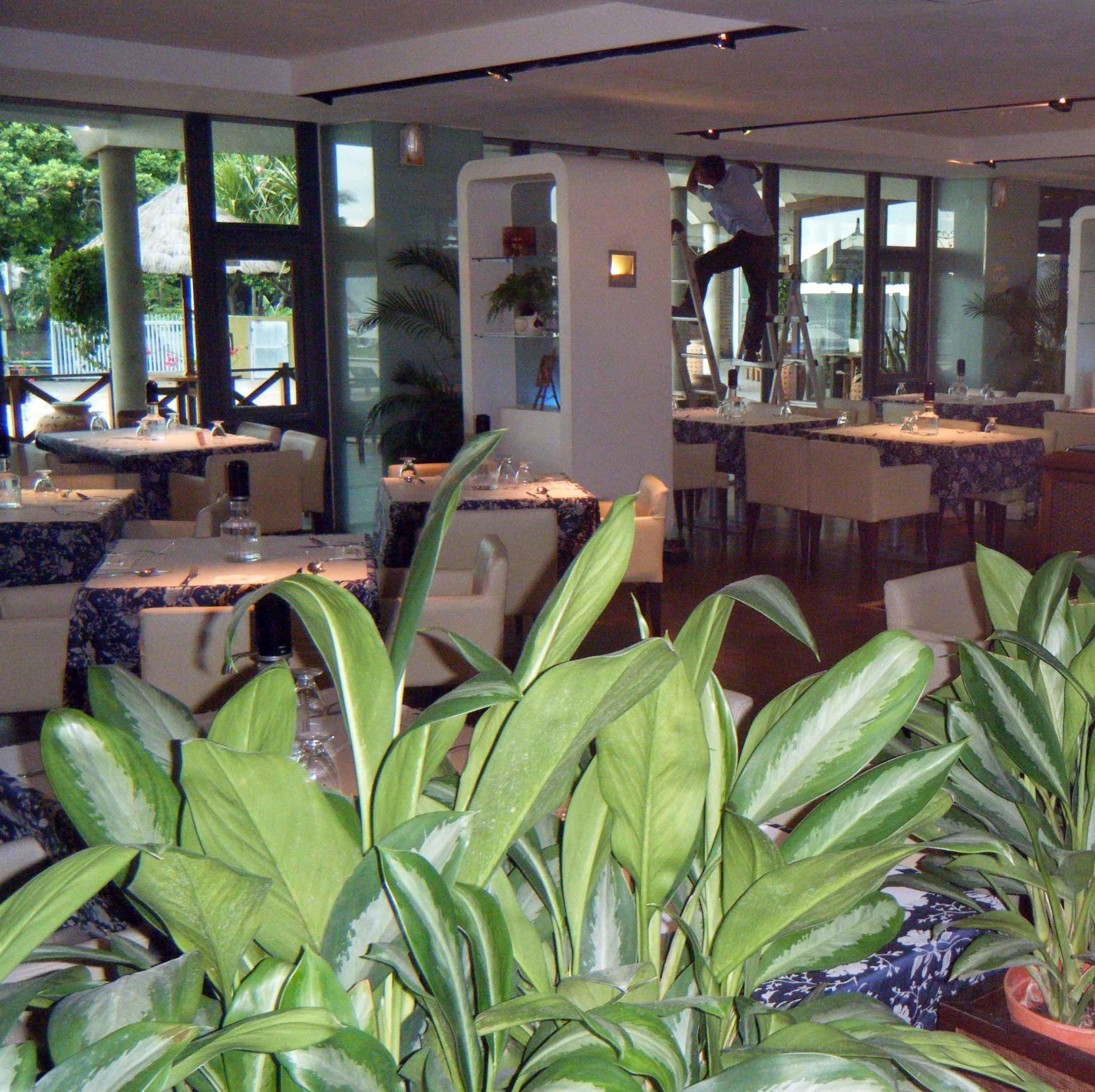 Sunset Beach Resort dining room.jpg