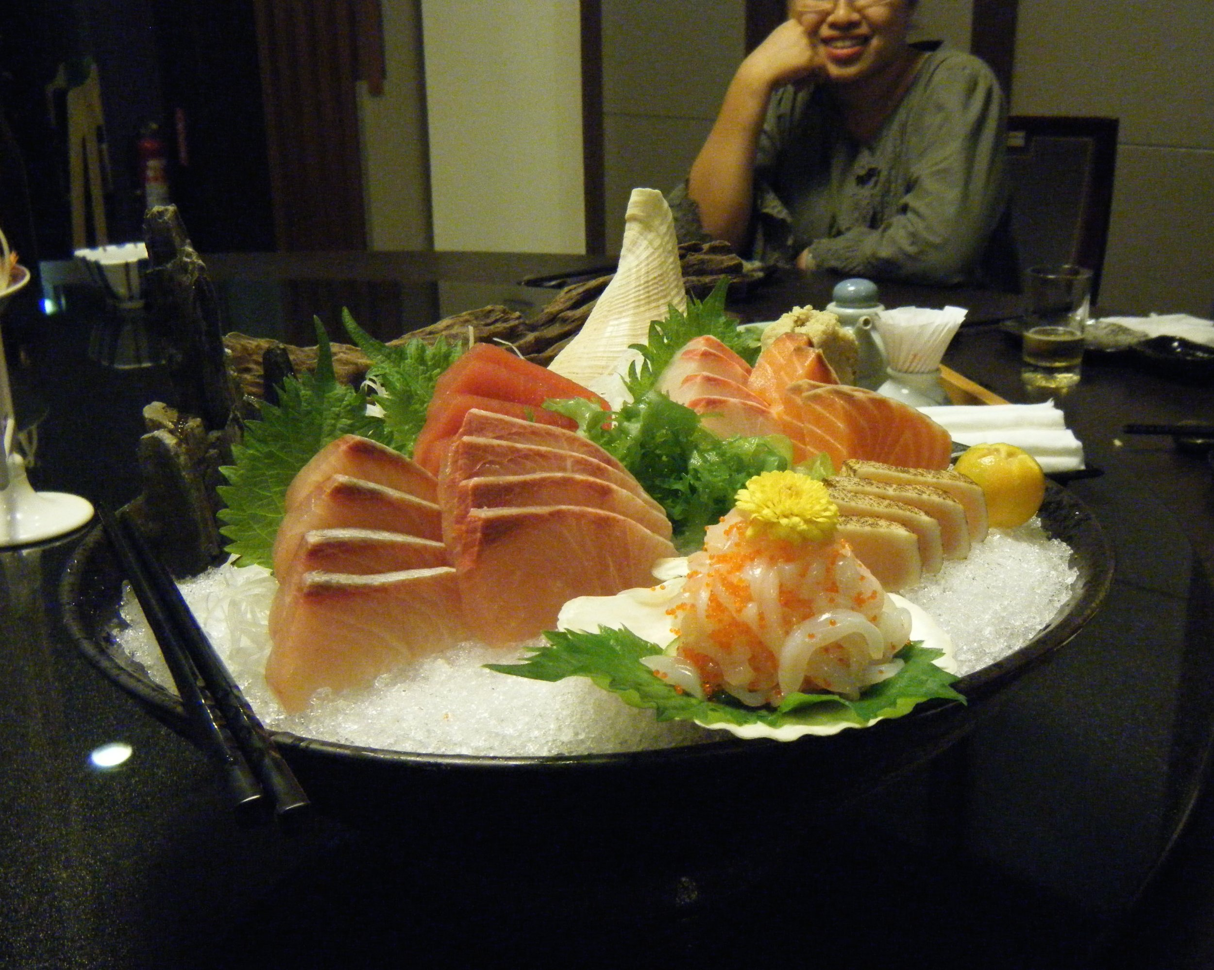 awsome sashimi platter.jpg