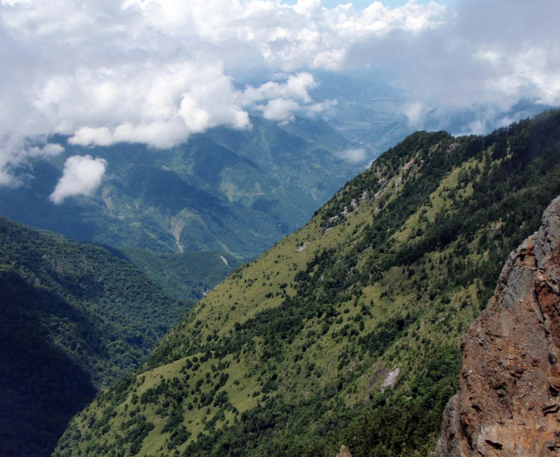 north:main peak saddle.jpg