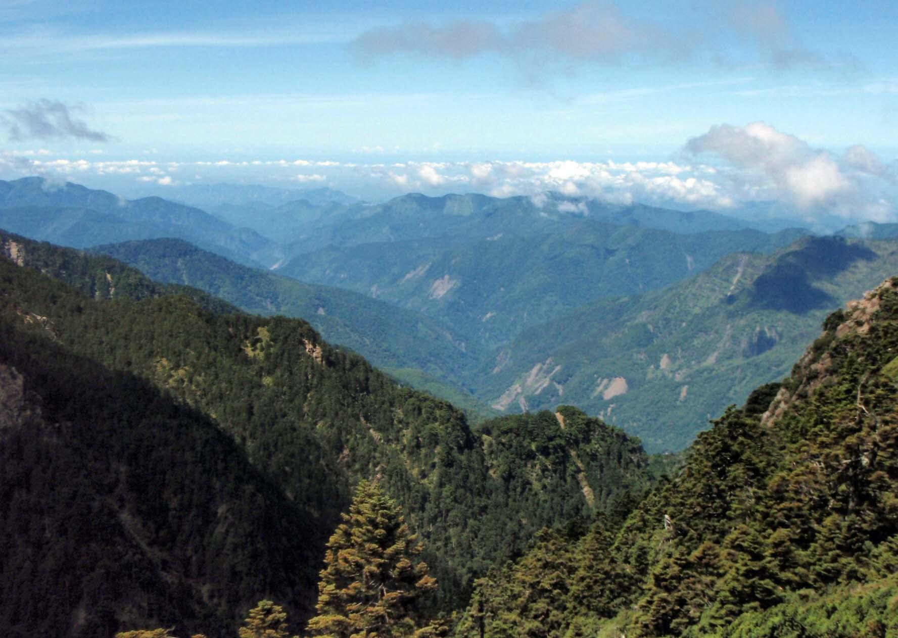 Yushan National Park 2.jpg