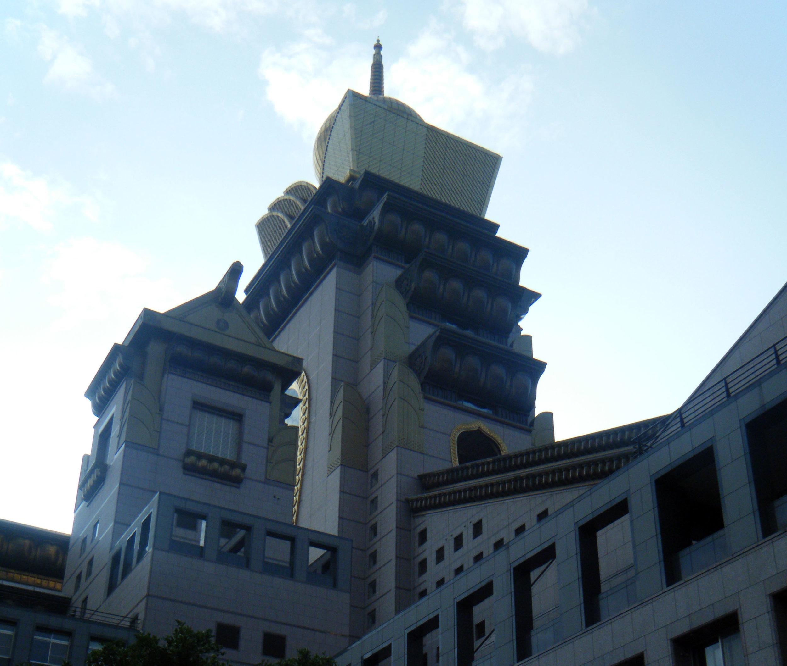 Chun Tai Chan monastery 1-1-12.jpg
