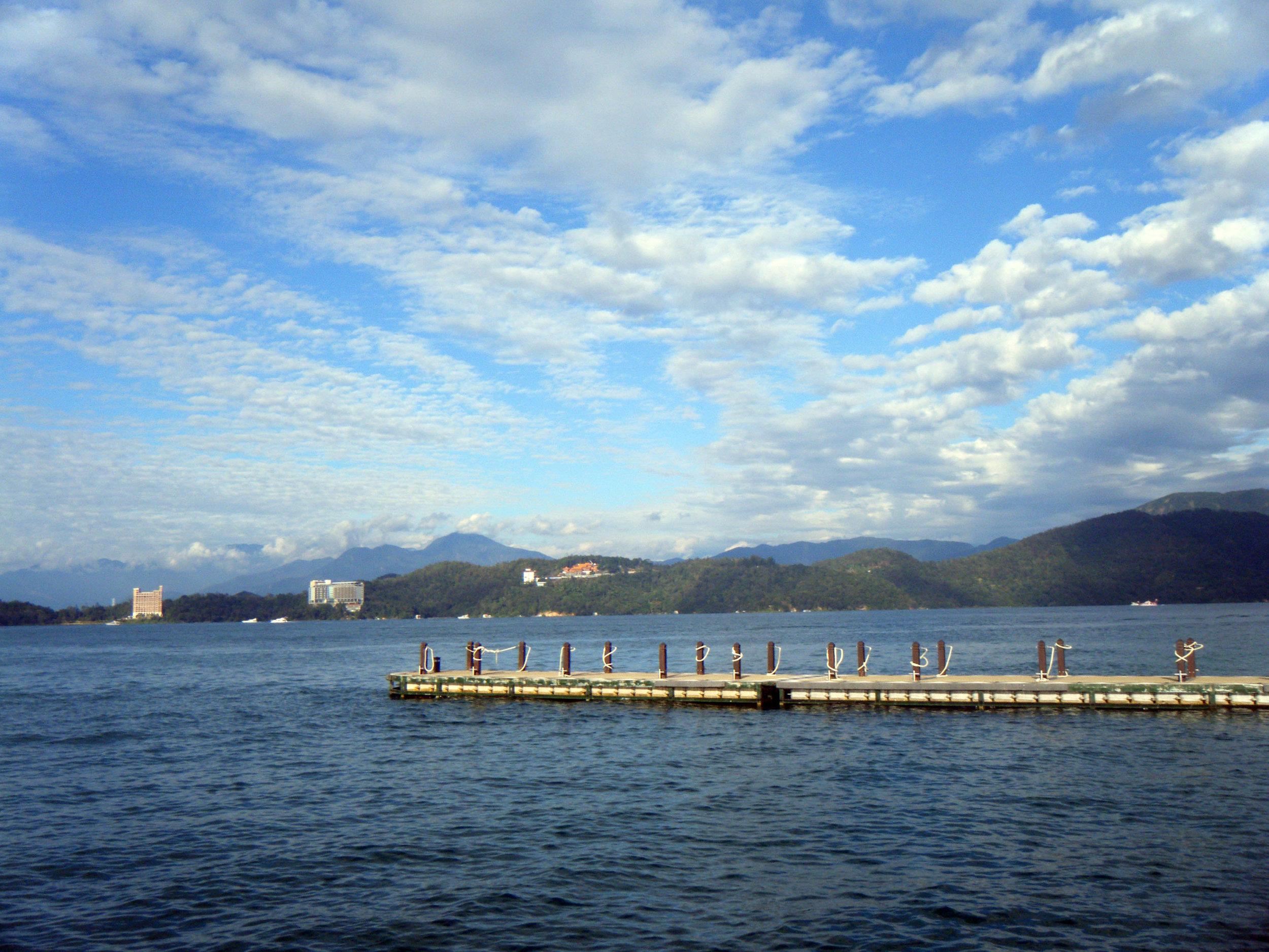 Sun Moon Lake.jpg