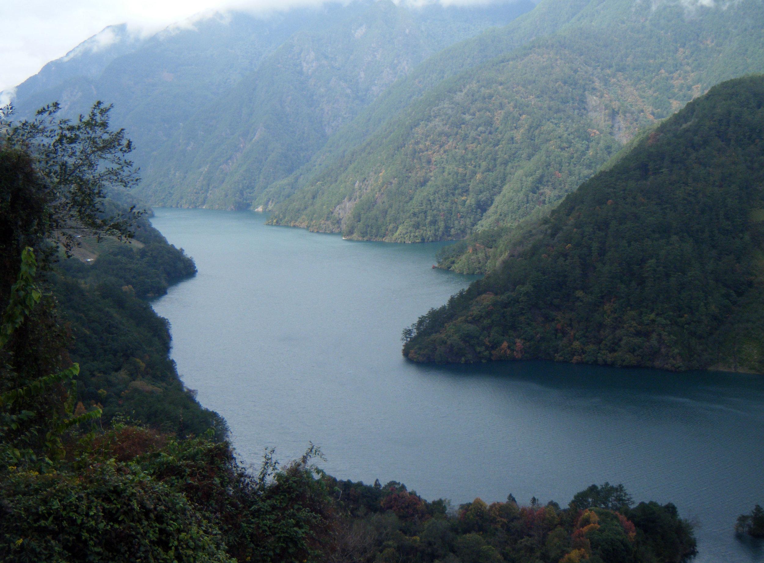 Deji reservoir 3.jpg