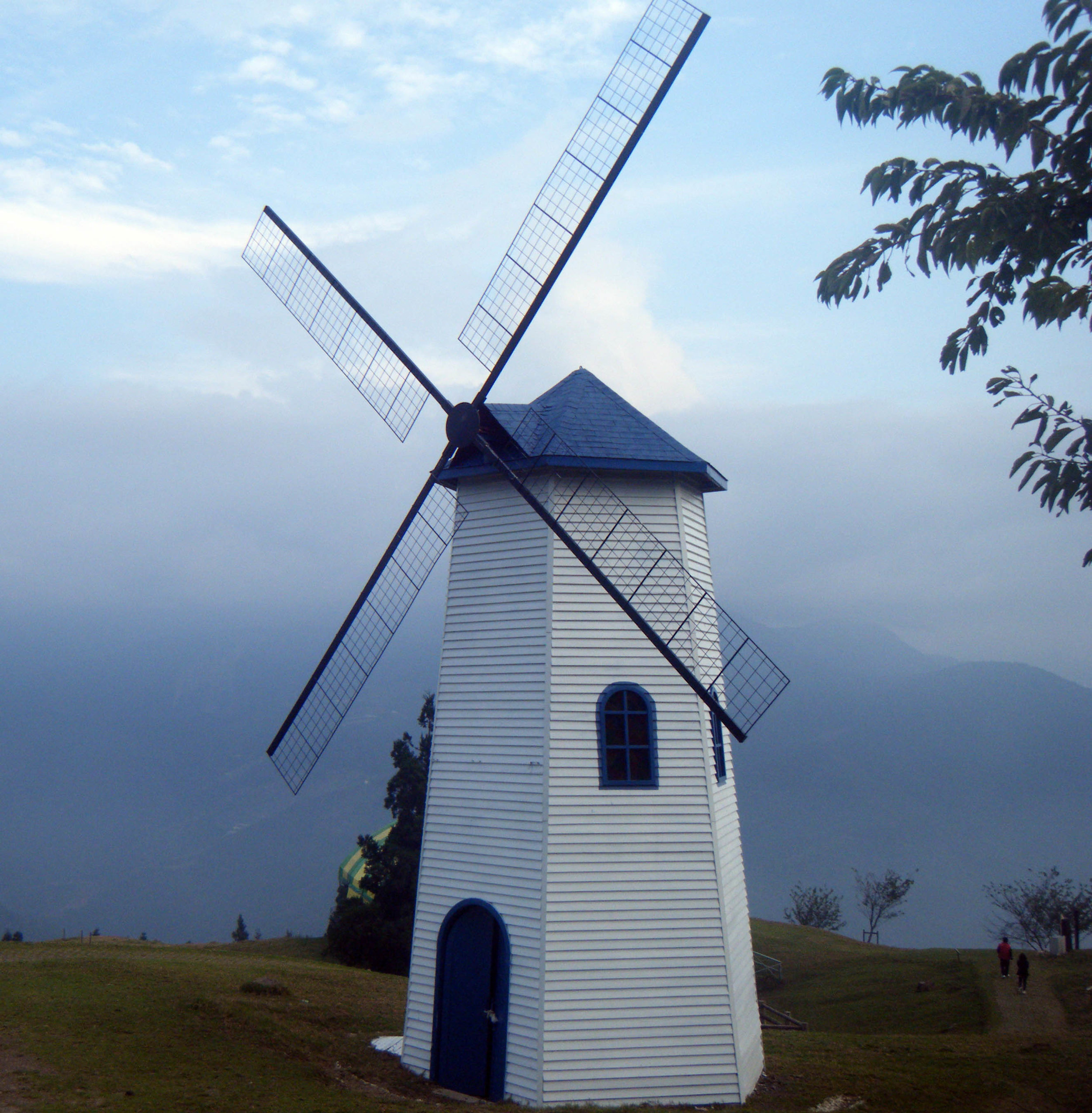 windmill at Cingjing farm.jpg