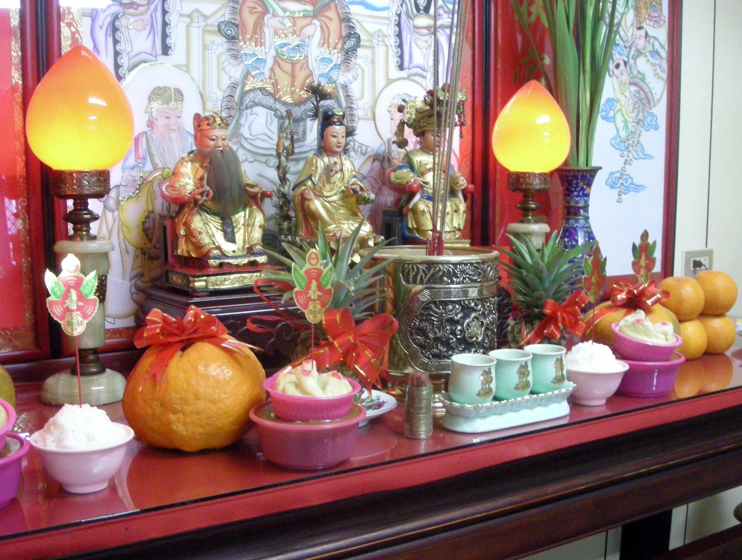Chiang family altar.jpg