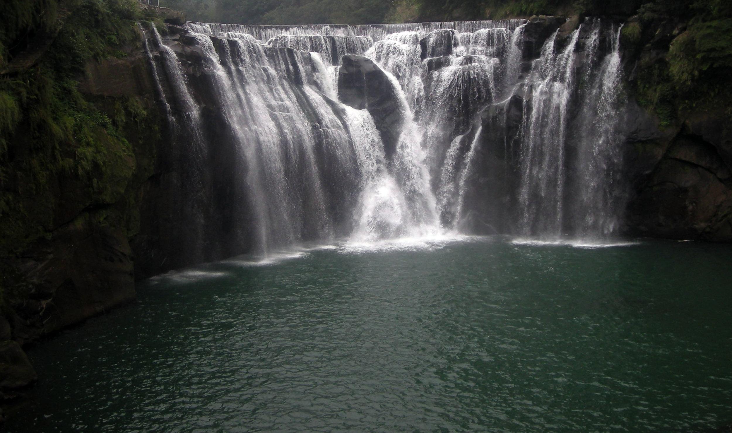 Eyeglasses waterfall 4.jpg