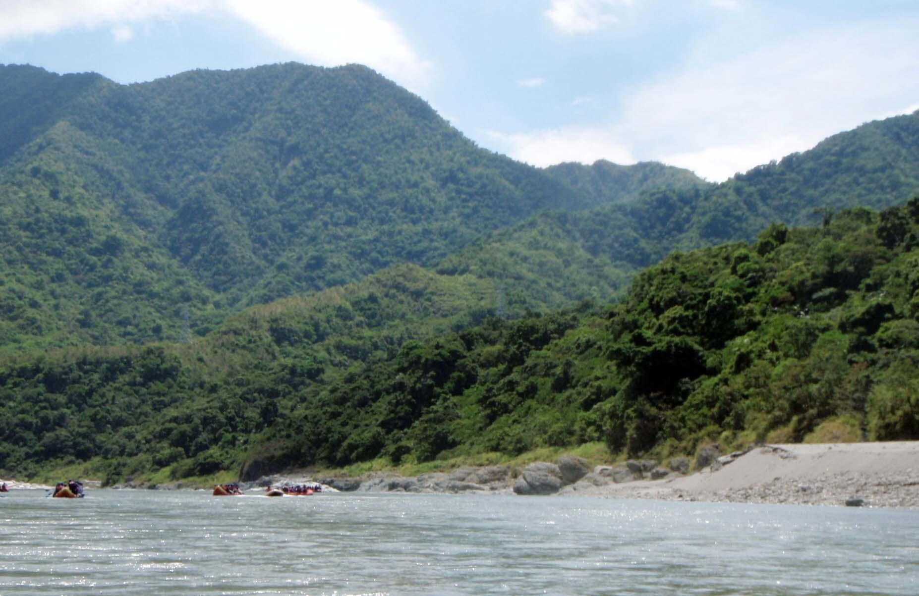 Hsiaoguluan river 2.jpg