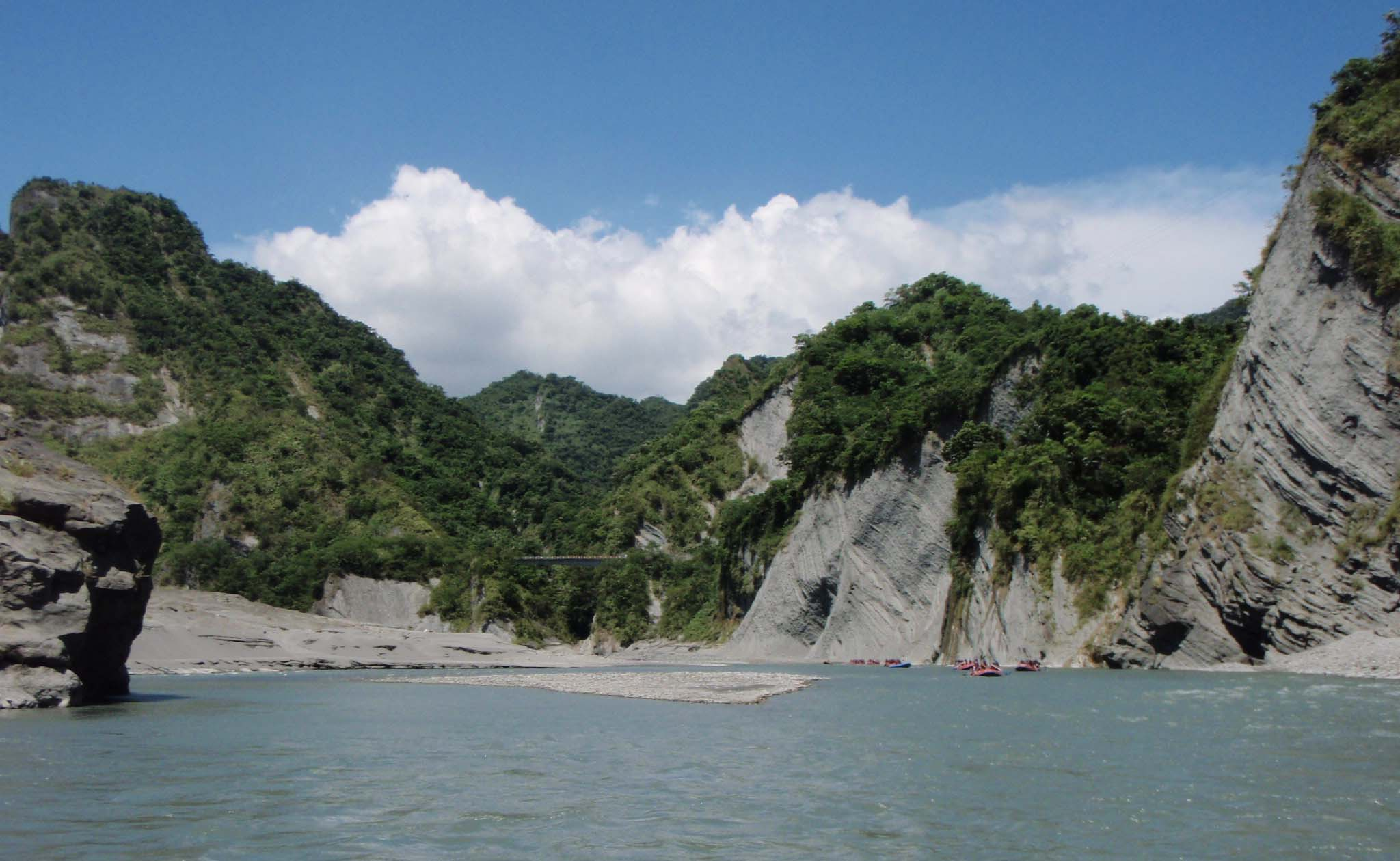Hsiaoguluan river.jpg