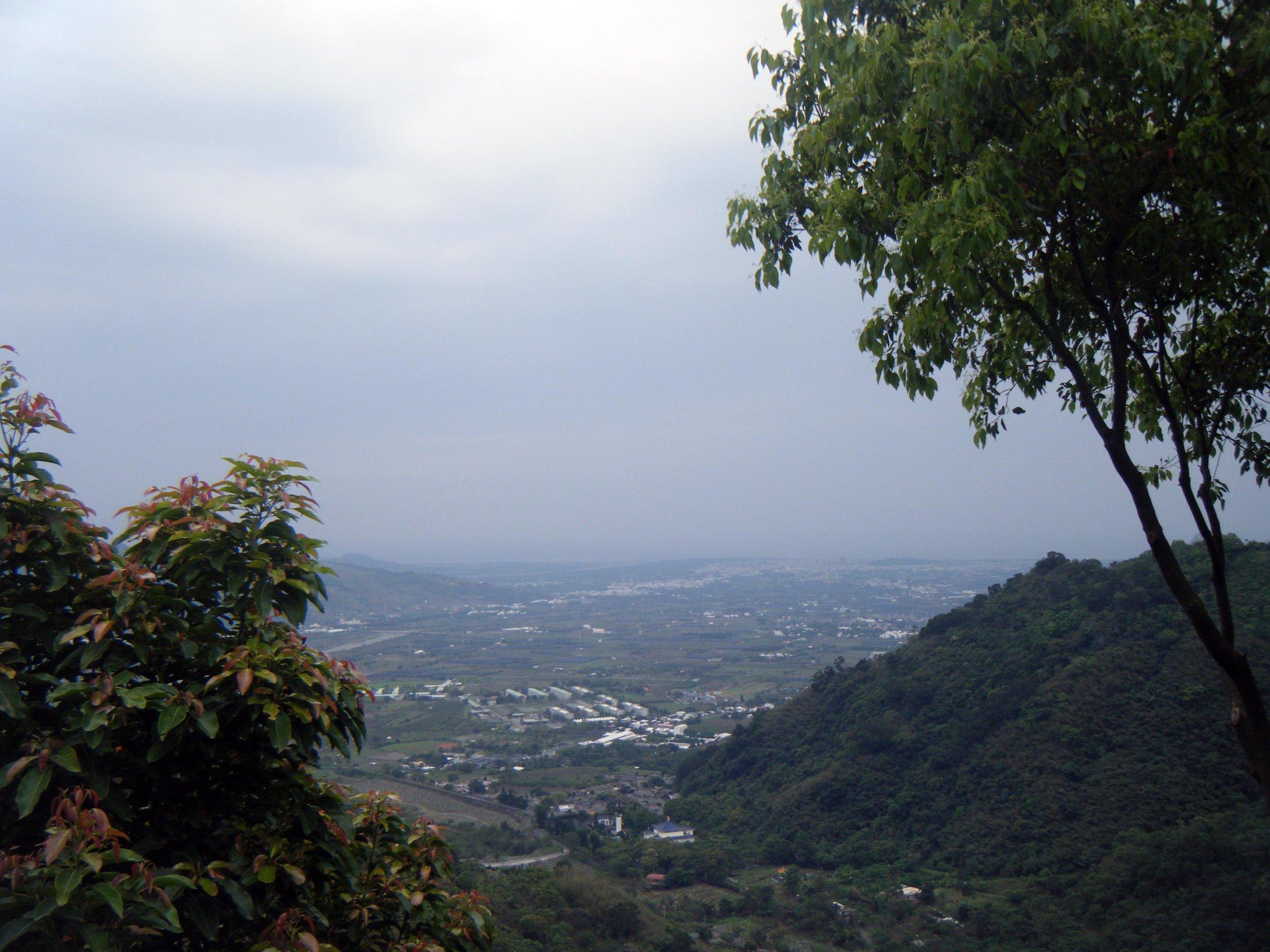 mountains overlooking Taitung.jpg