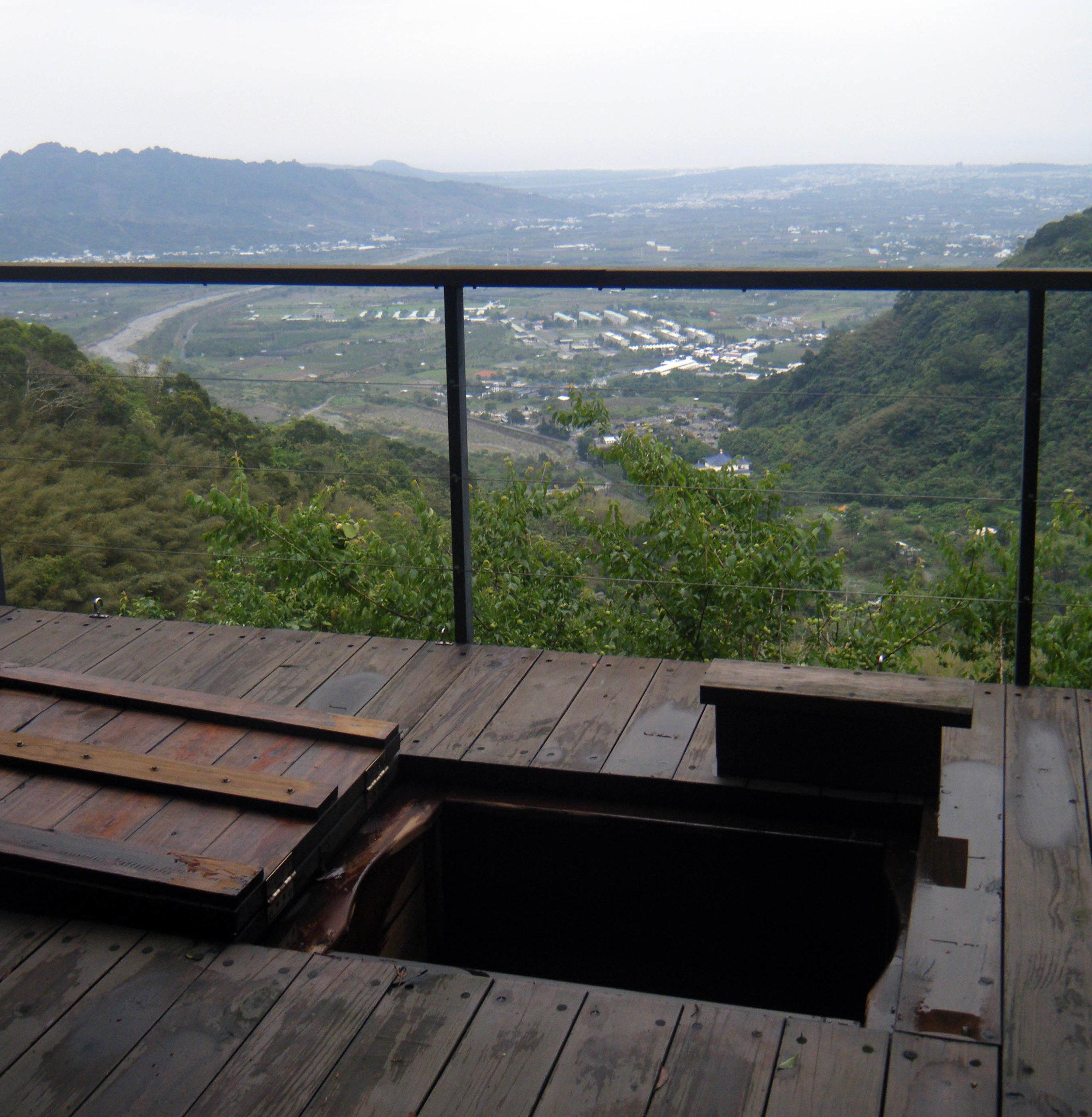 wood-fired hot tub overlooking Taitung.jpg