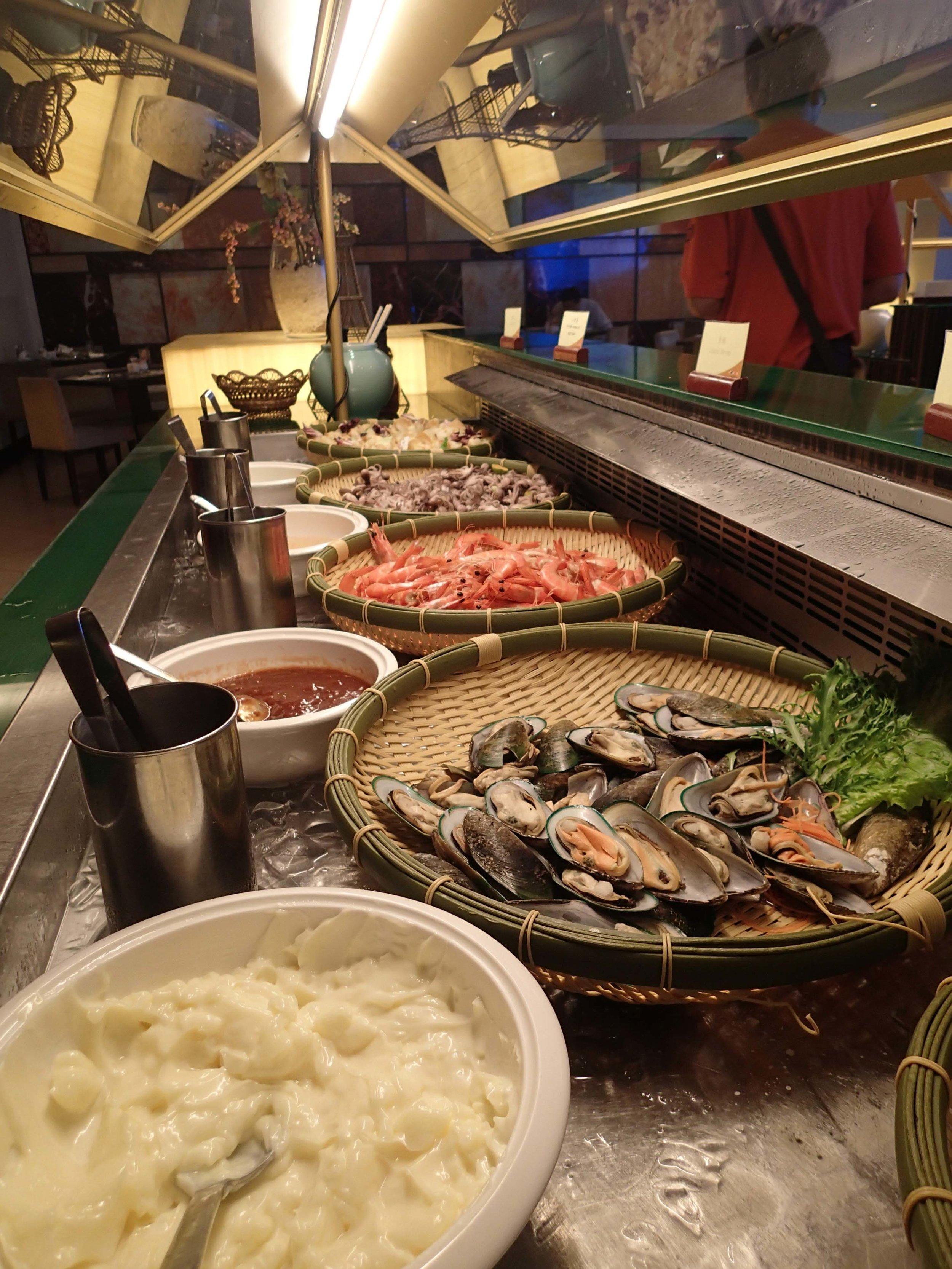 Evergreen Hotel buffet.jpg