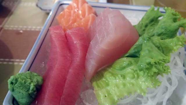 awesome sashimi in Wanhua.jpg