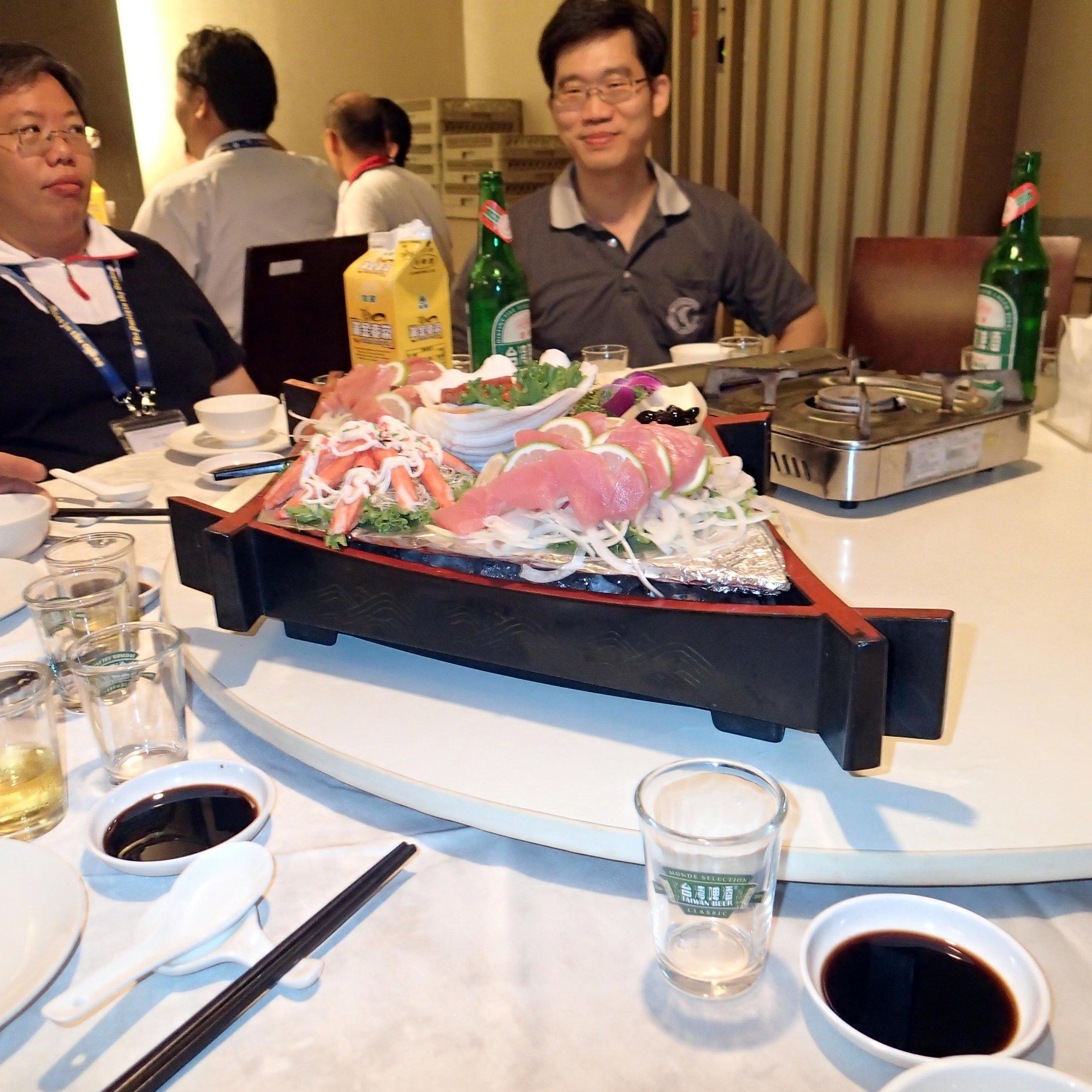 4 Seasons sashimi.jpg