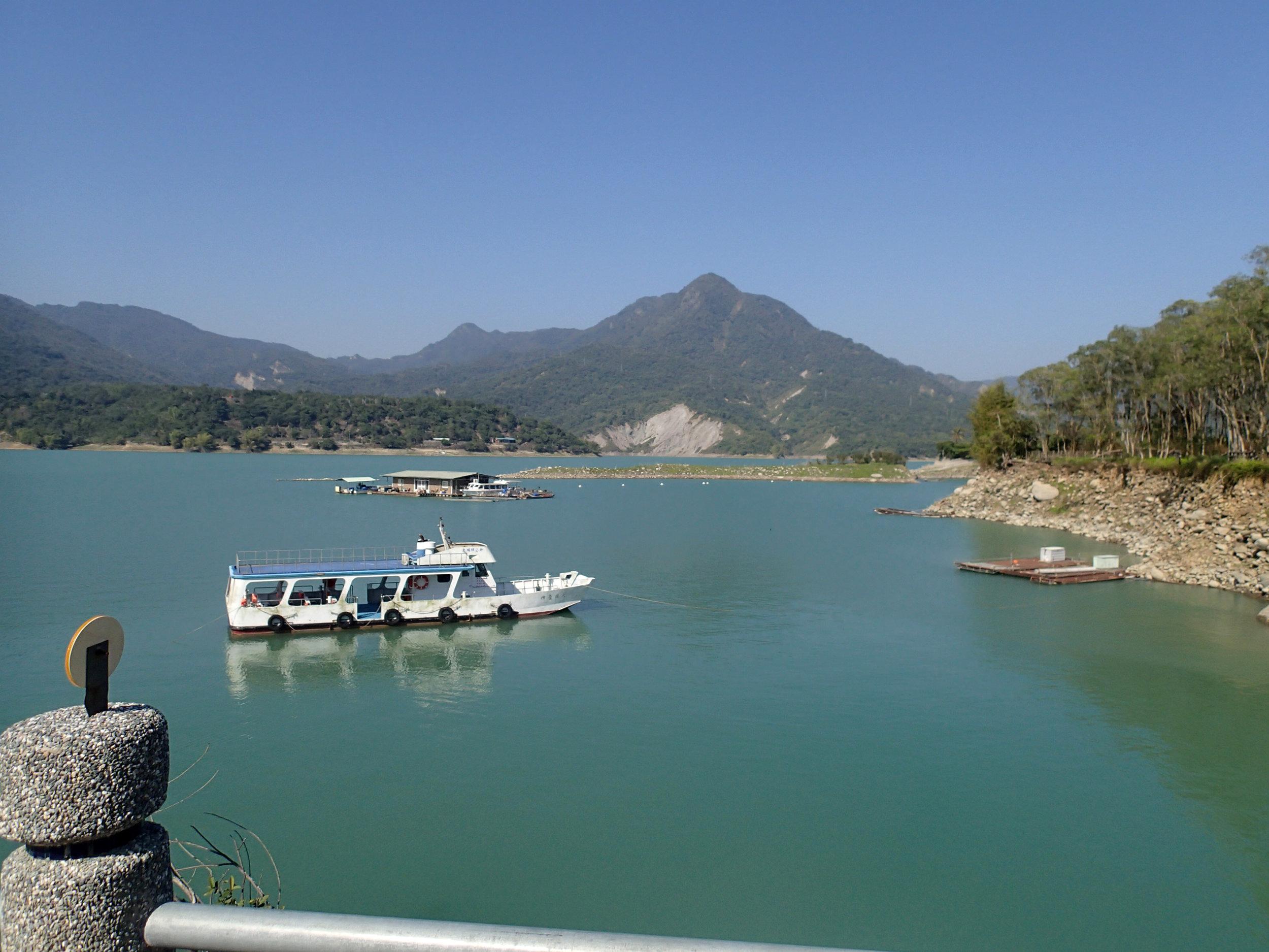 Tsengwen Reservoir boat trip.jpg