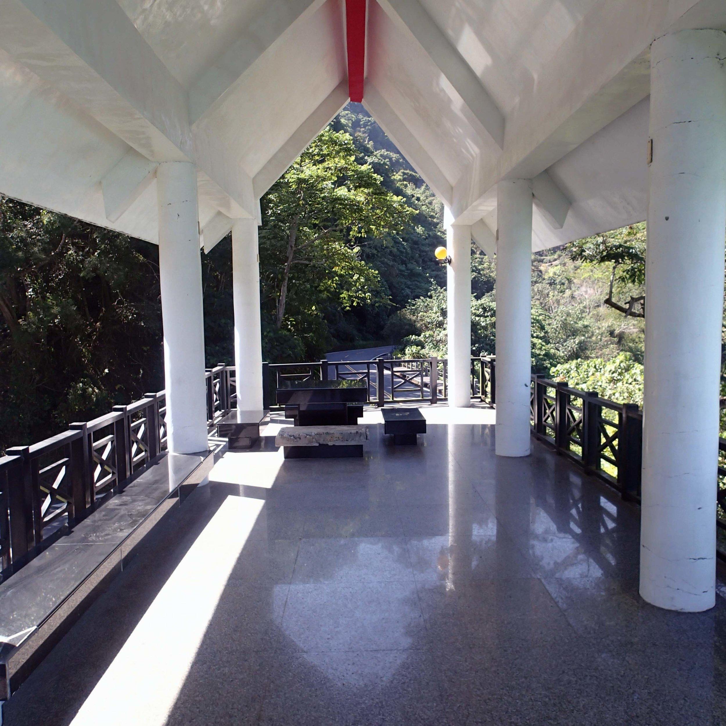 viewing deck.jpg