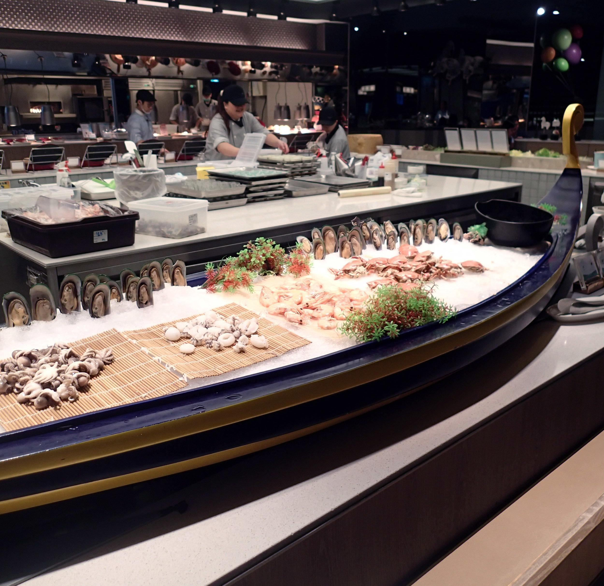 seafood ship.jpg