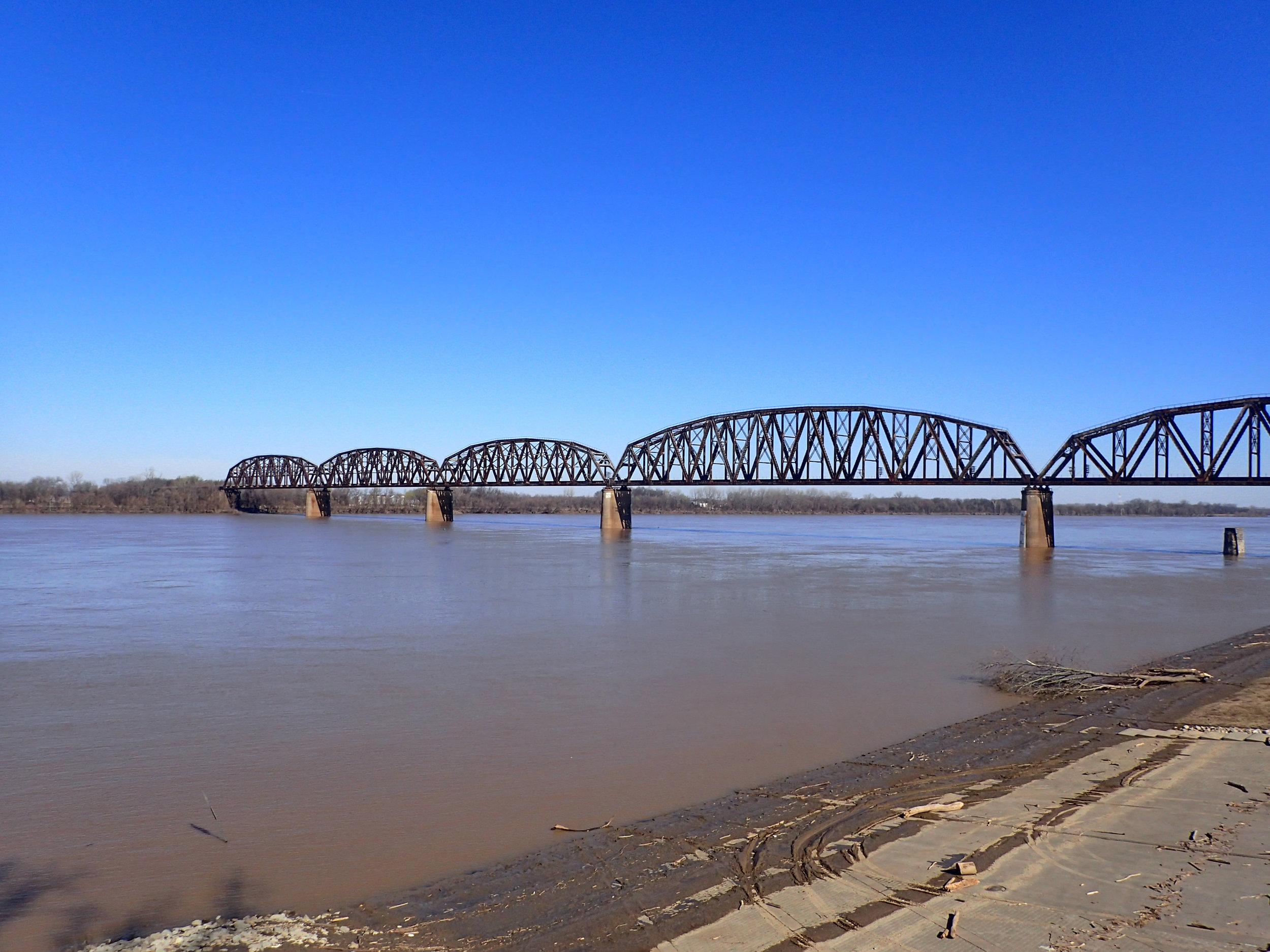 muddy Ohio River.jpg