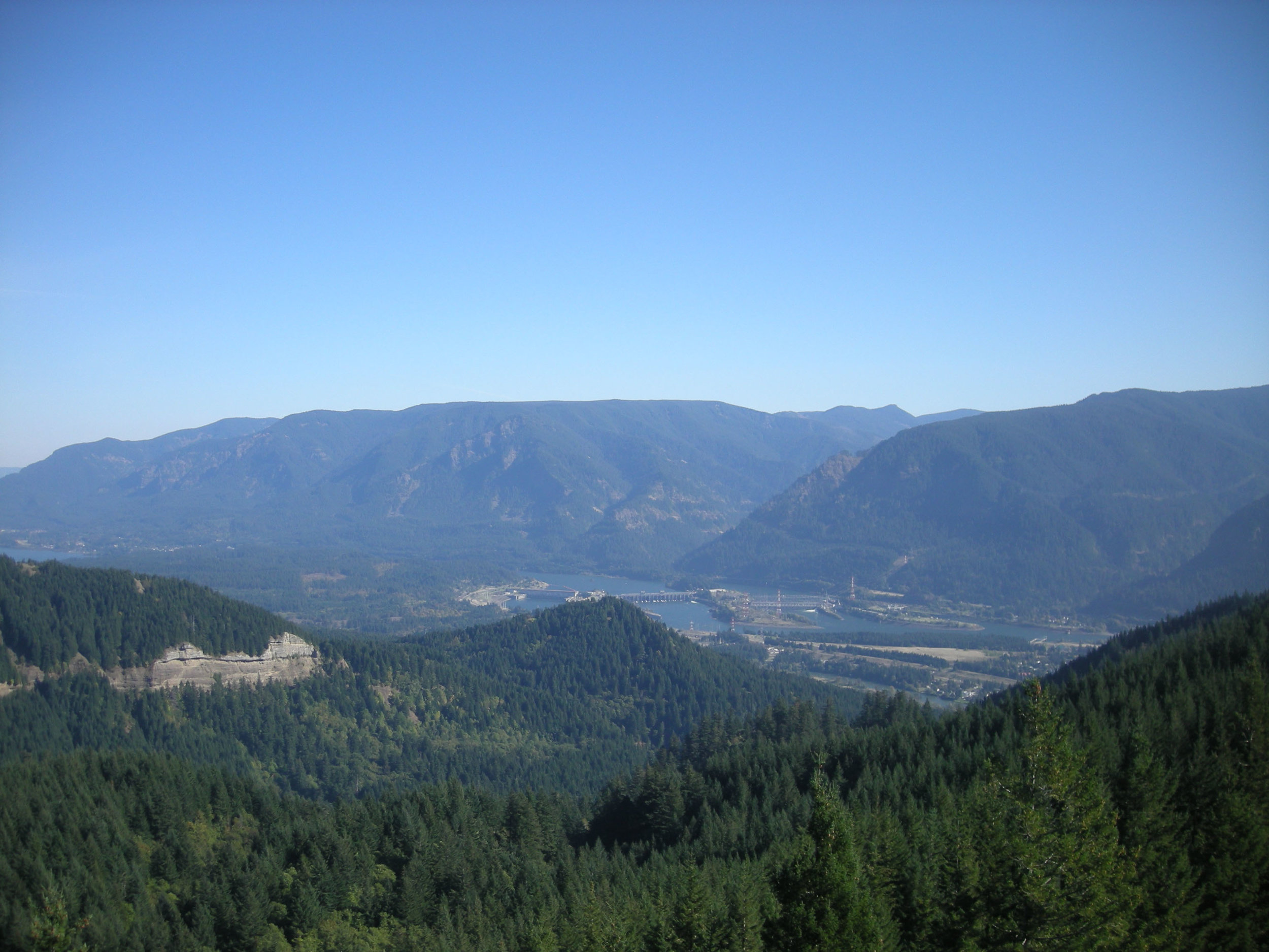 Bonneville dam CRG.jpg