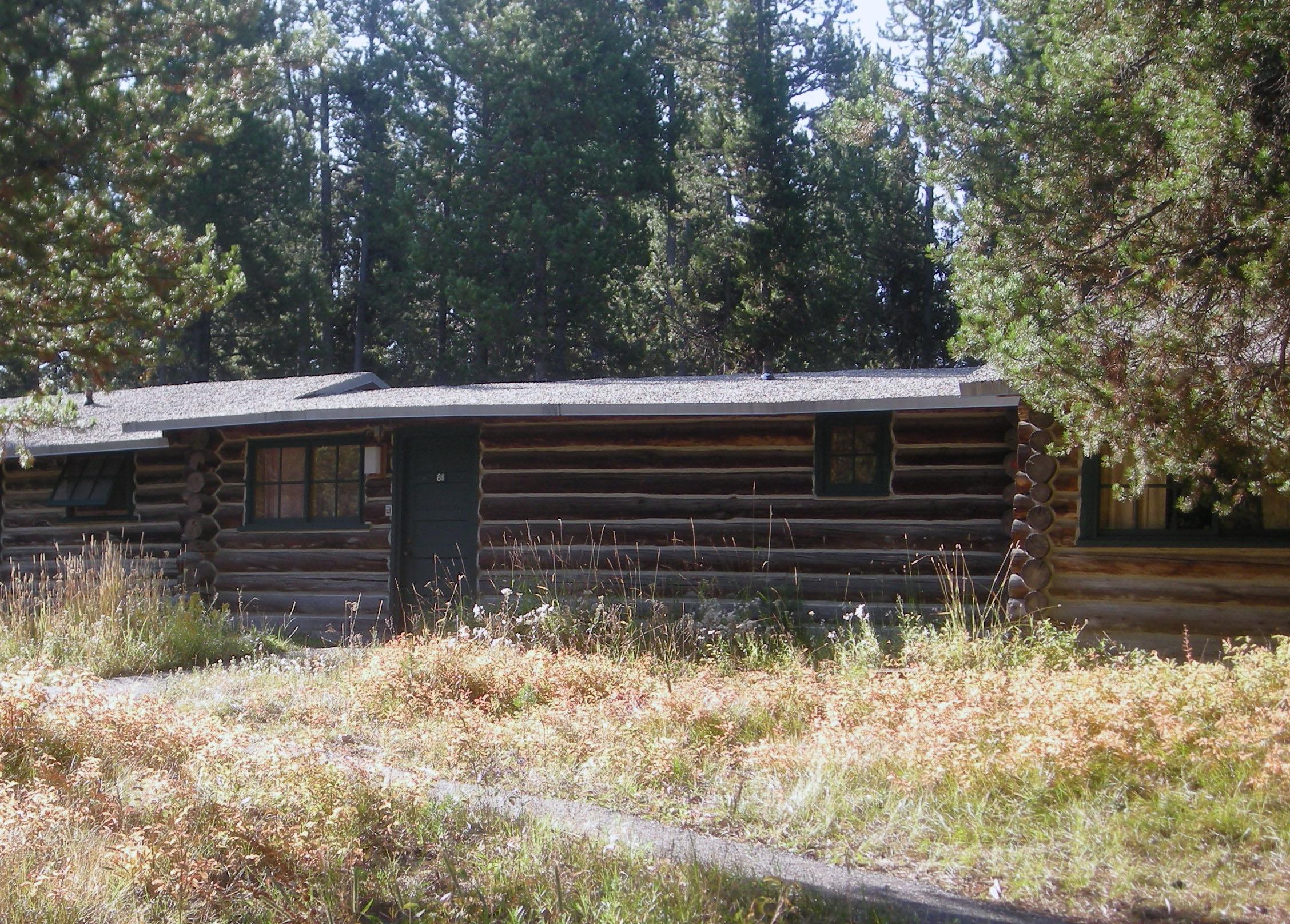 Colter Bay Vilage cabin.jpg