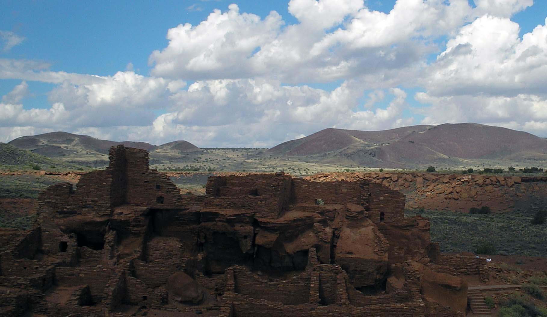ruins near sunset crater.jpg